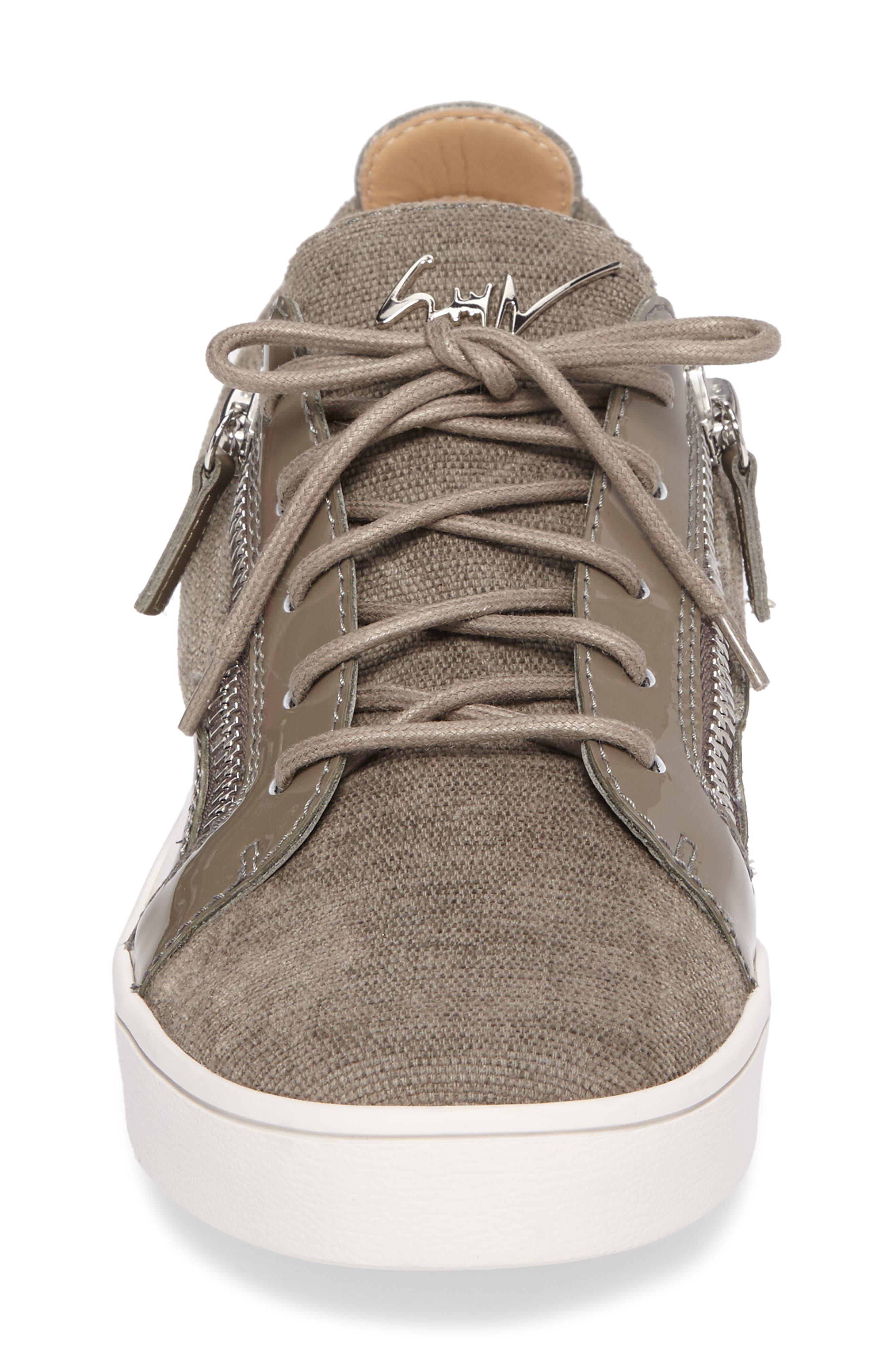 Low-Top Sneaker,                             Alternate thumbnail 4, color,                             028