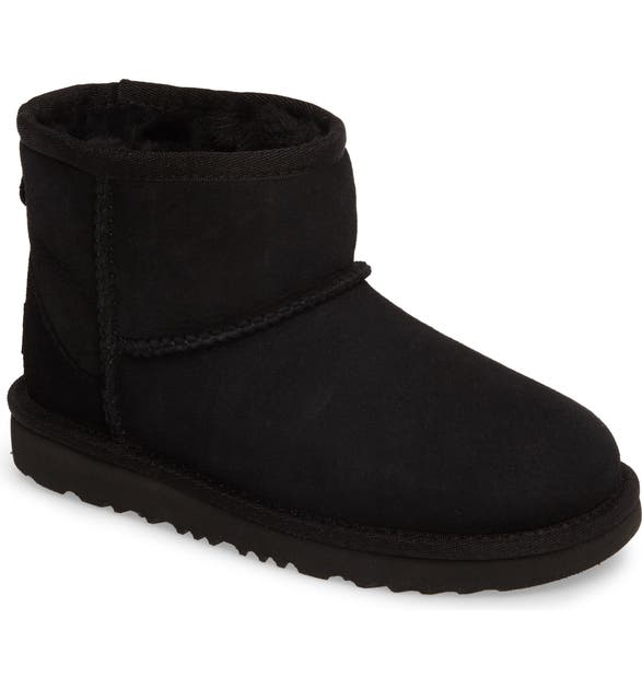 702a111405583 UGG SUP ®  SUP . Classic Mini II Water-Resistant Genuine Shearling Boot