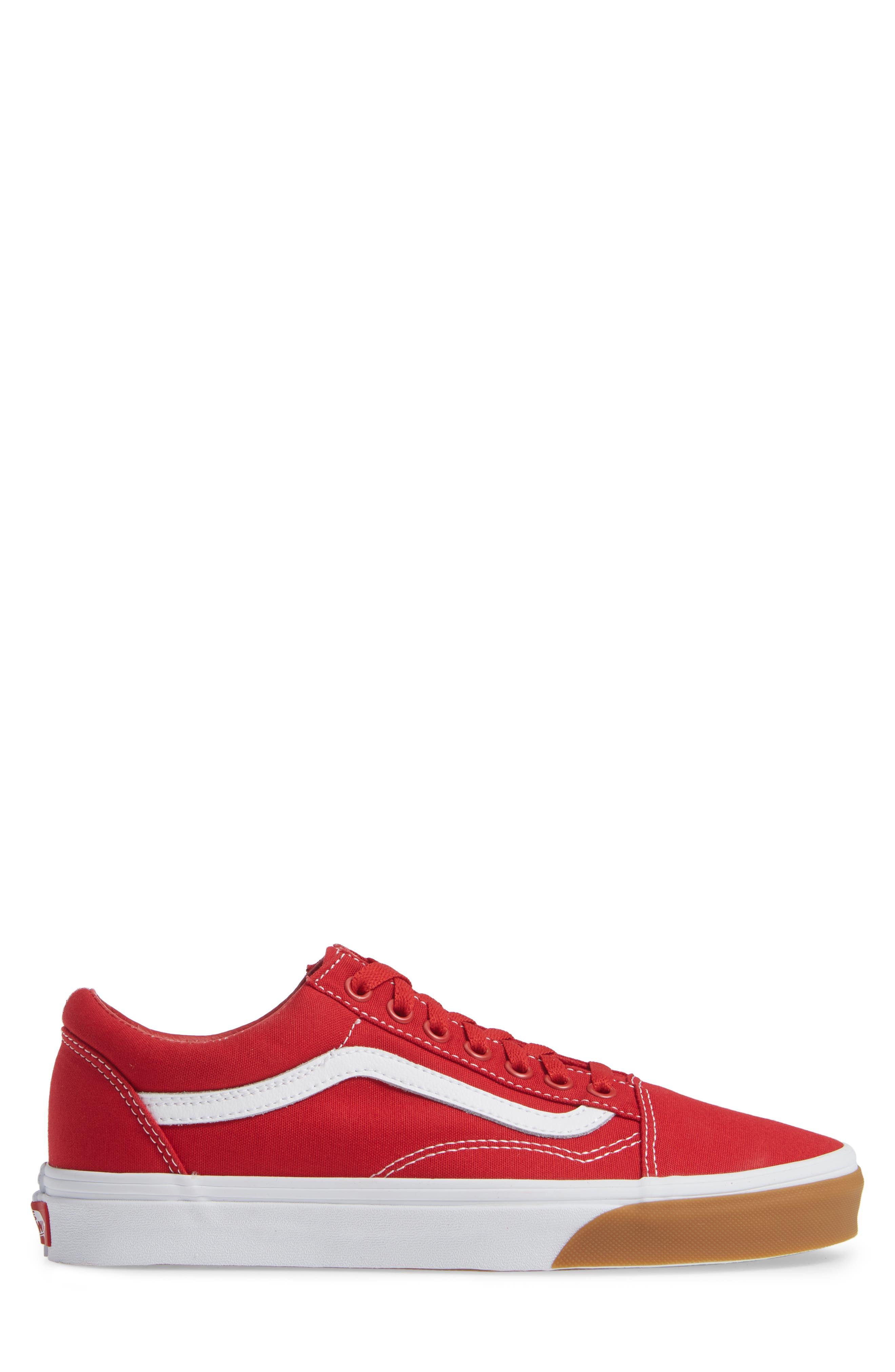 VANS,                             Gum Old Skool Sneaker,                             Alternate thumbnail 3, color,                             RED/ TRUE WHITE