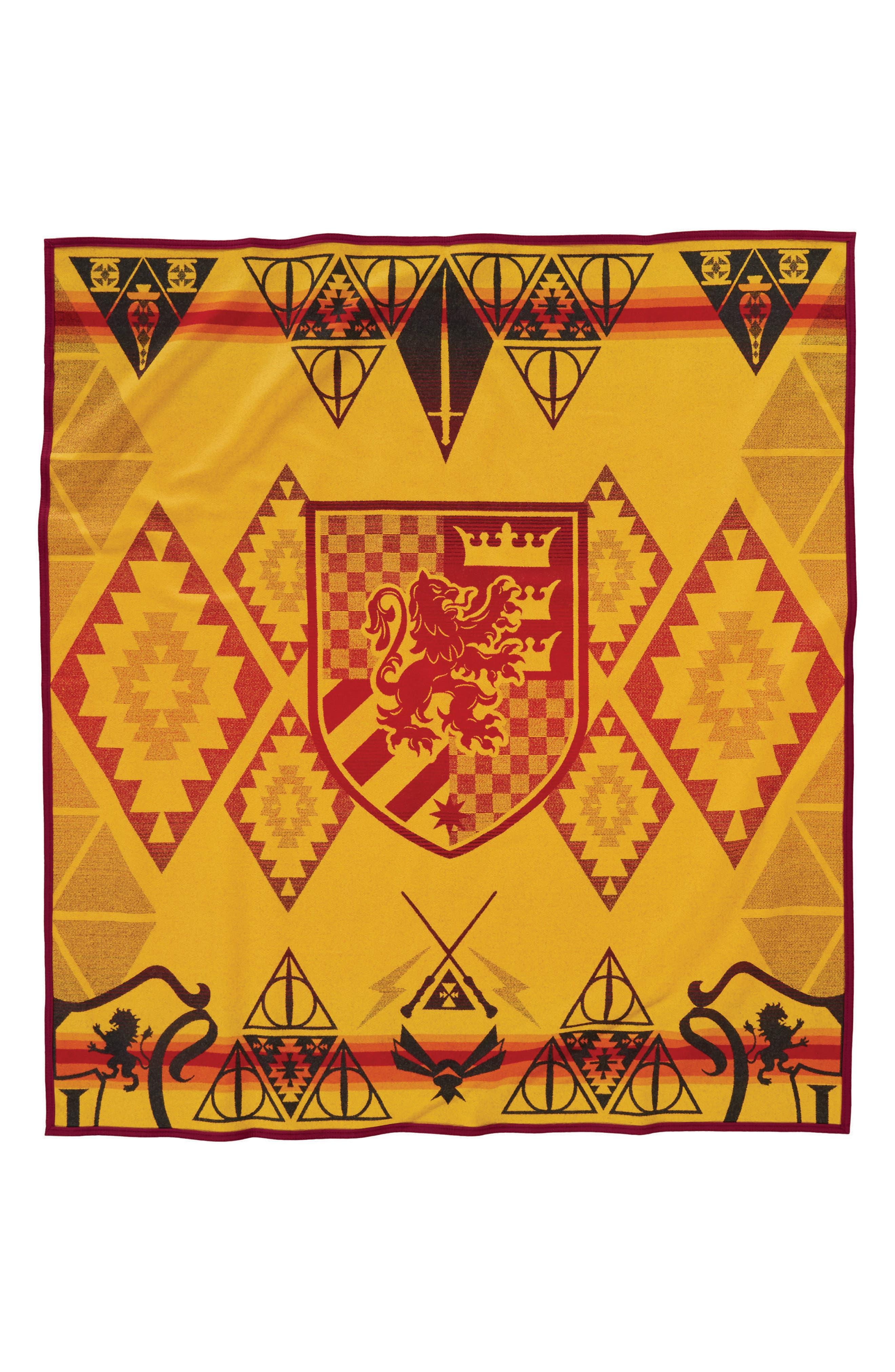 Harry Potter - Gryffindor Blanket,                             Alternate thumbnail 2, color,                             RED