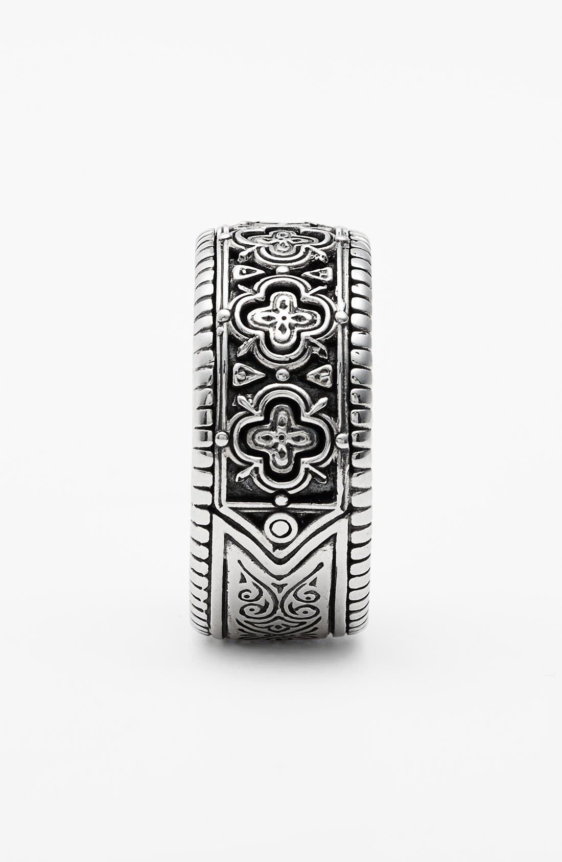 'Classics' Clover Etched Ring,                             Alternate thumbnail 2, color,                             SILVER