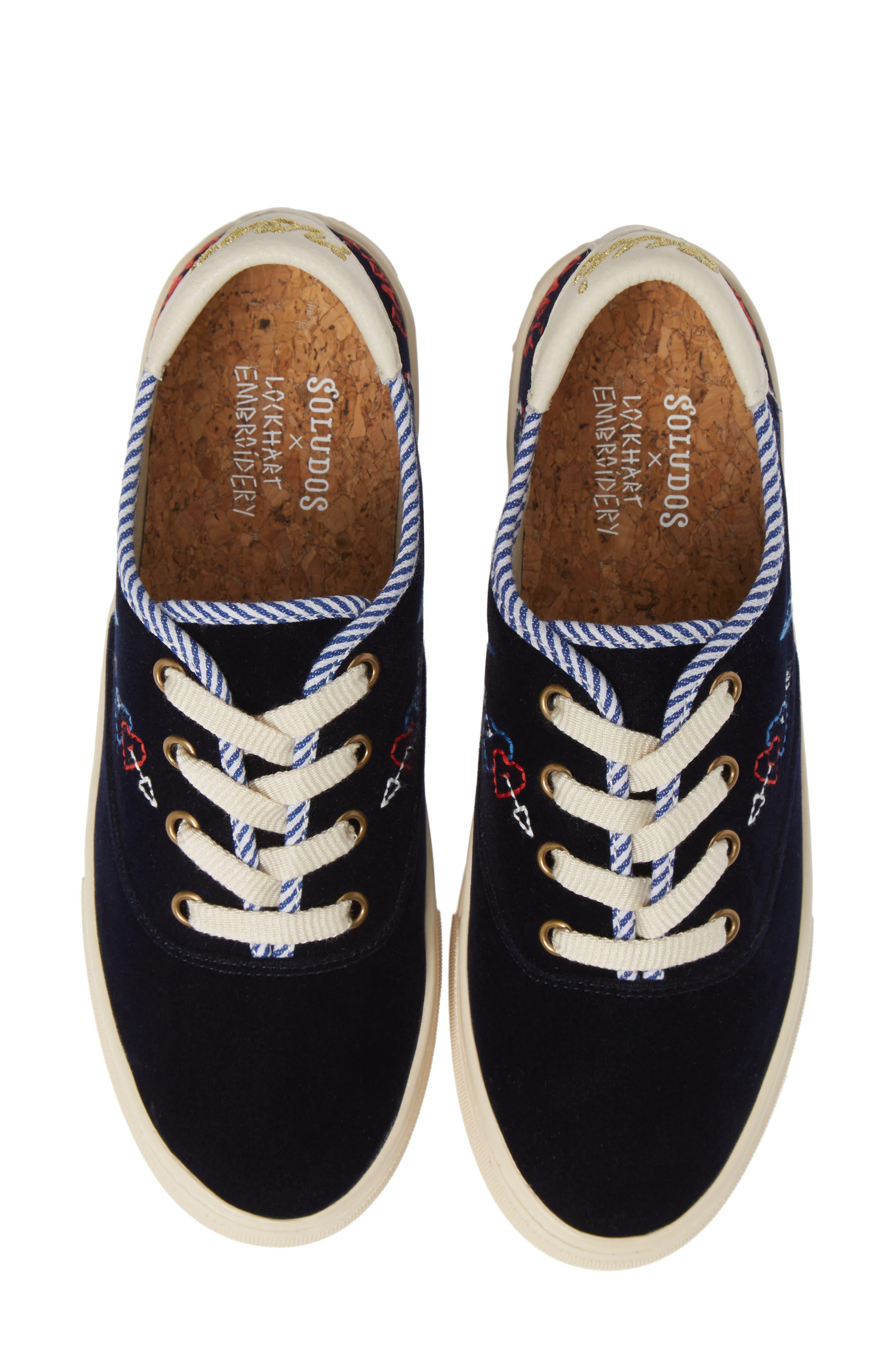 SOLUDOS Paris Velvet Platform Sneakers in Navy