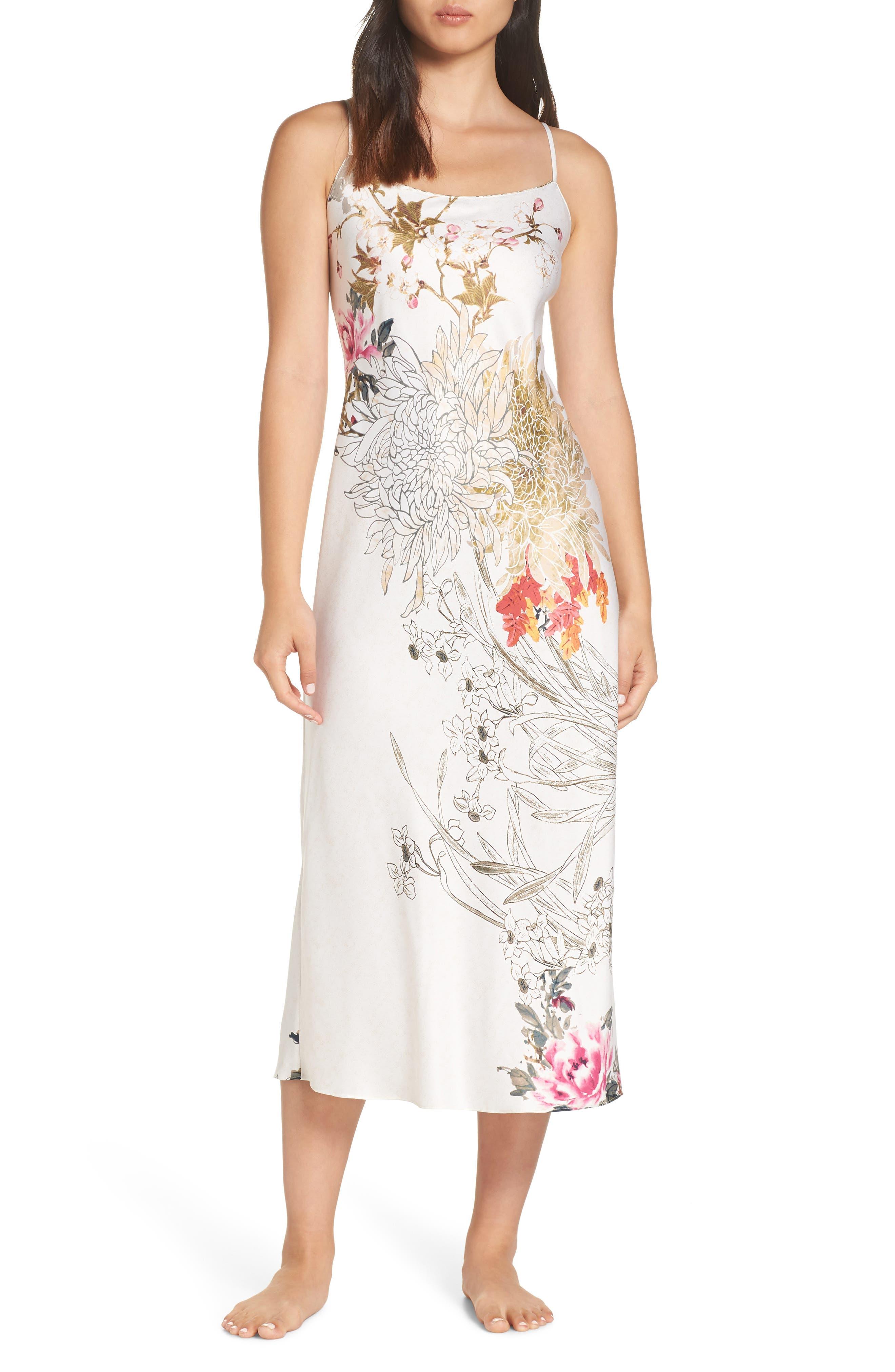 Natori Nikko Satin Nightgown, Ivory