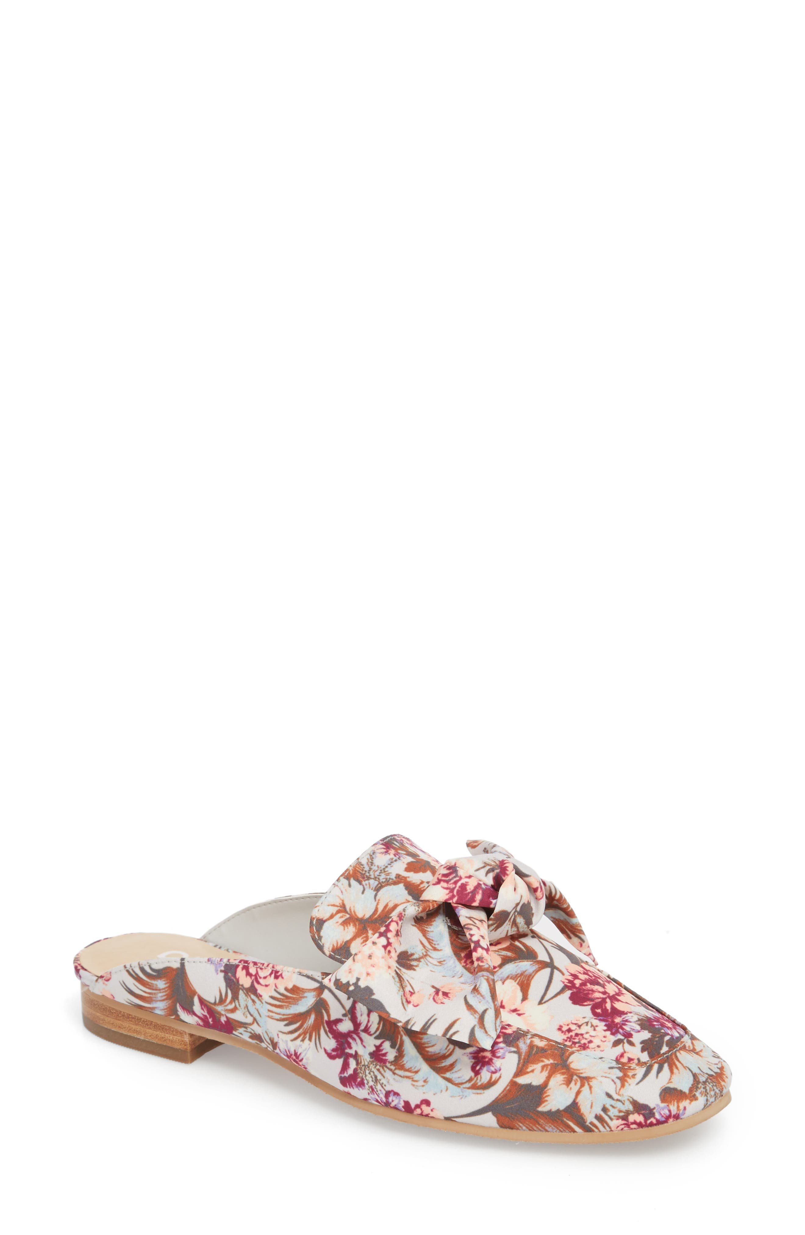 Maddy Mule,                         Main,                         color, GREY FLORAL PRINT