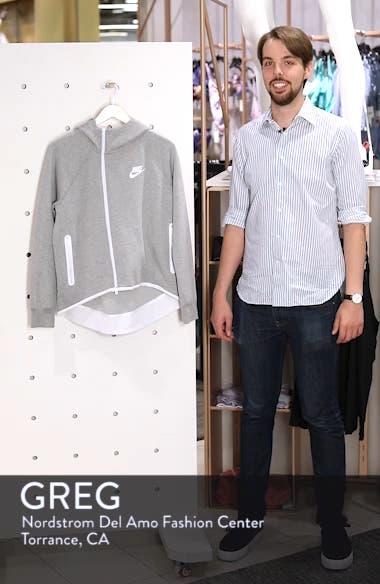 Sportswear Tech Fleece Cape Jacket, sales video thumbnail
