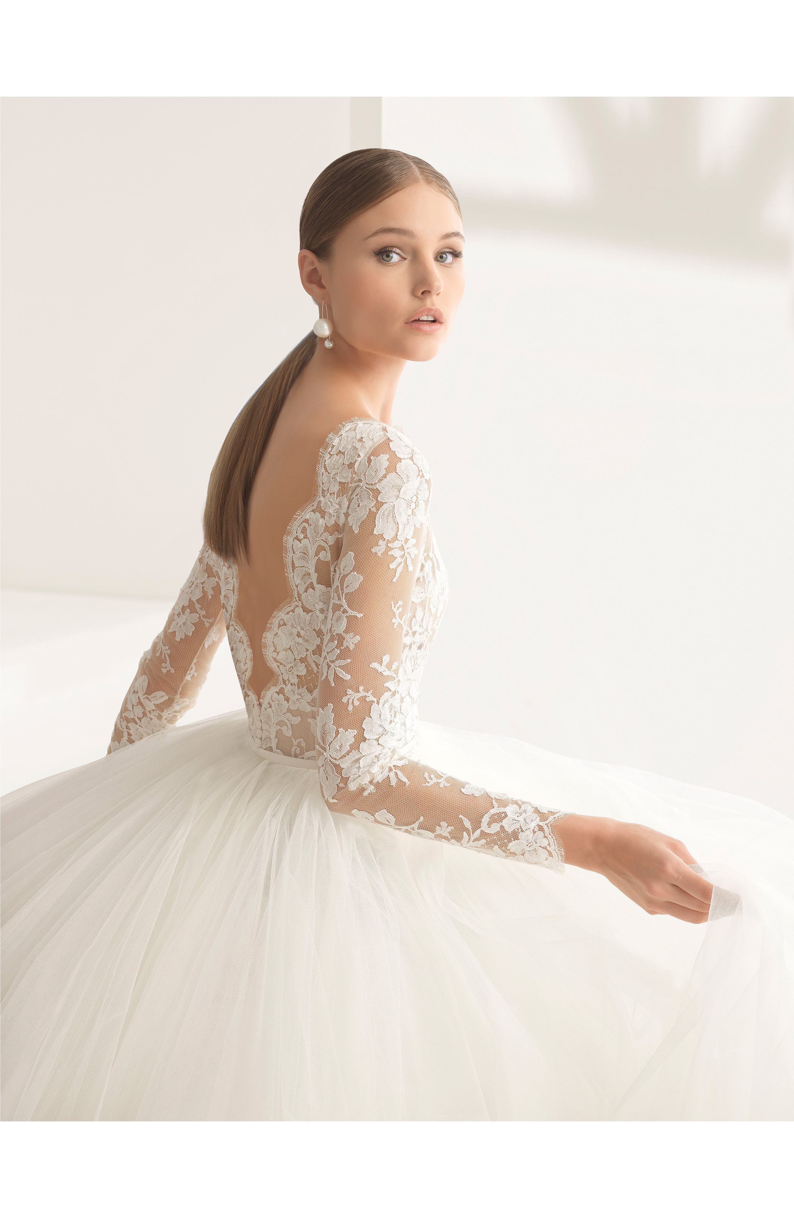 Rosa Clará Couture Niher Lace & Tulle Ballgown,                             Alternate thumbnail 3, color,                             NATURAL