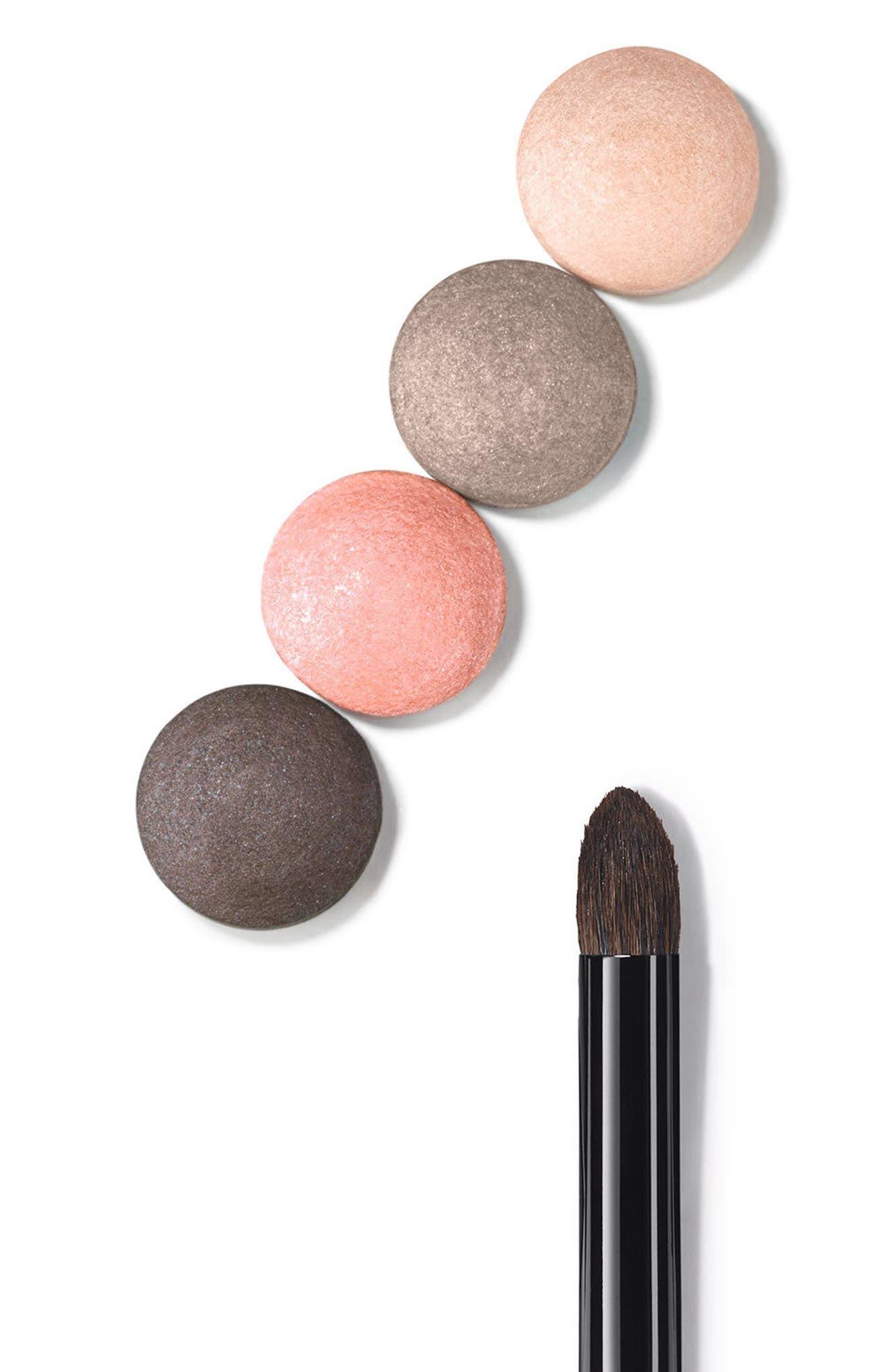 LES PINCEAUX DE CHANEL<br />Eyeshadow-Blending Brush,                             Alternate thumbnail 2, color,                             NO COLOR
