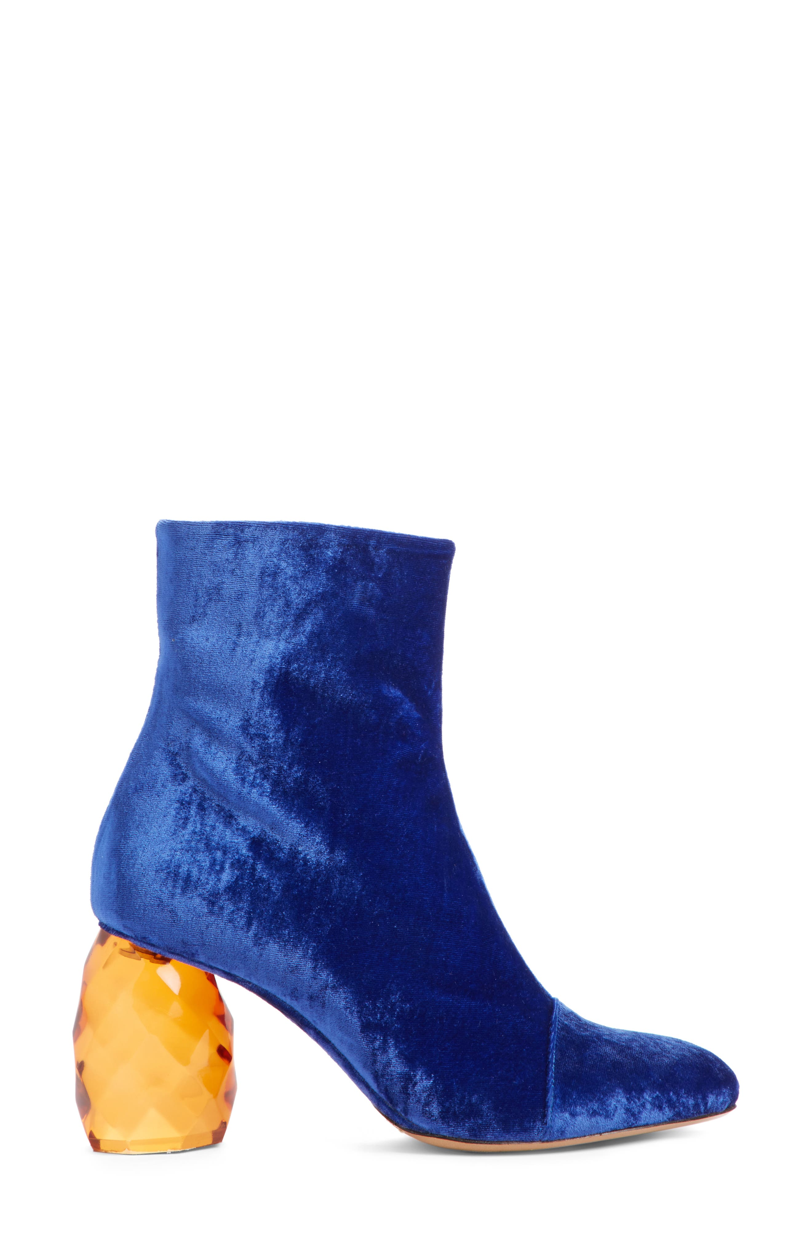 Faceted Heel Pointy Toe Bootie,                             Alternate thumbnail 3, color,                             400