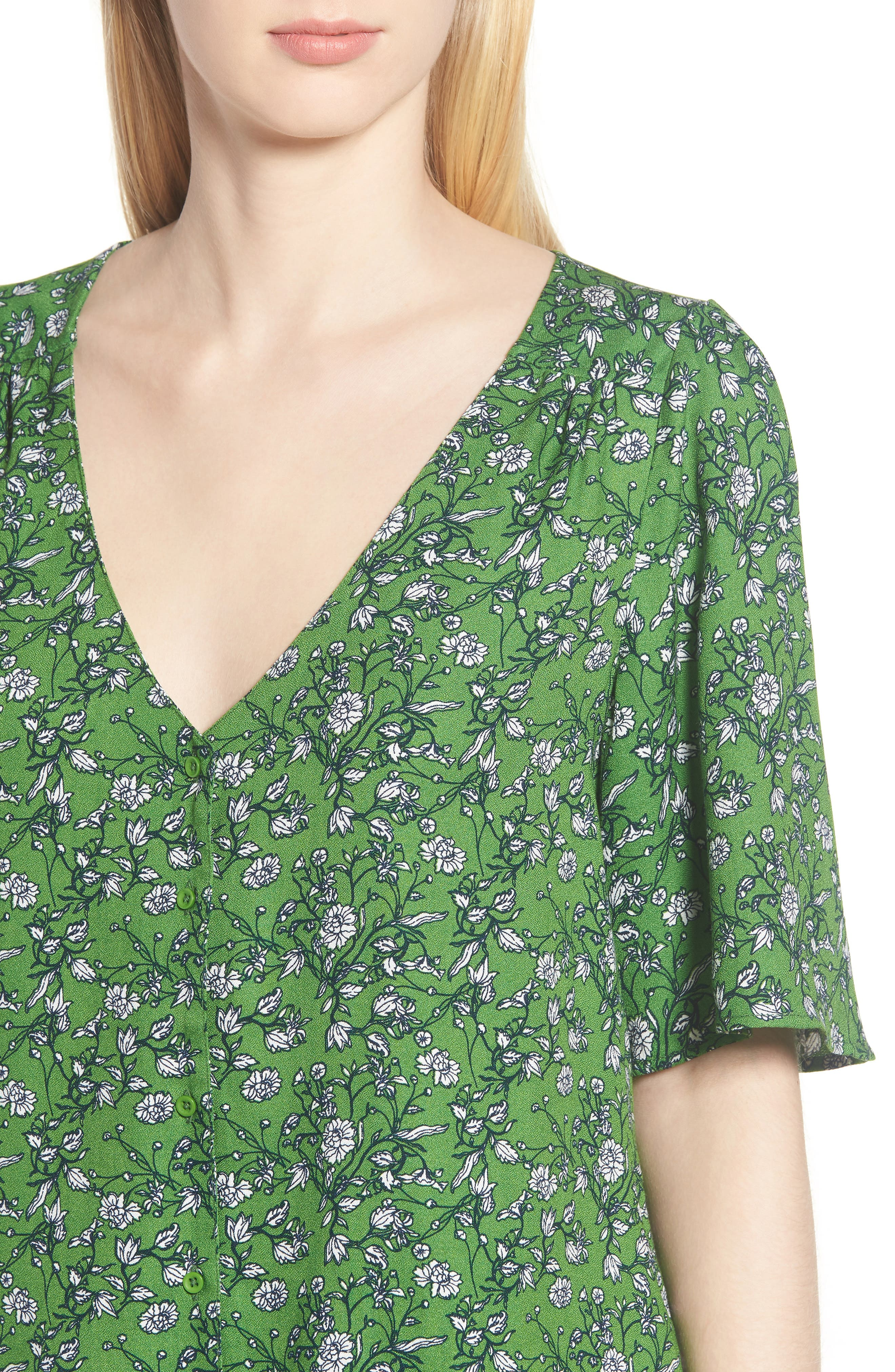 Button Front V-Neck Top,                             Alternate thumbnail 4, color,                             GREEN CANOPY FLOWER BRANCHES