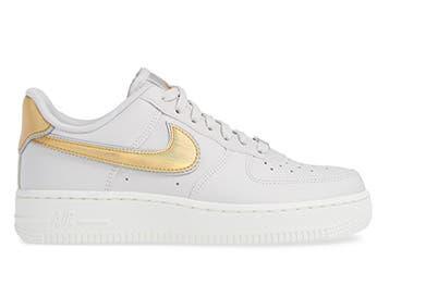 brand new 516e6 fd720 Nike Air Force 1 07 Premium