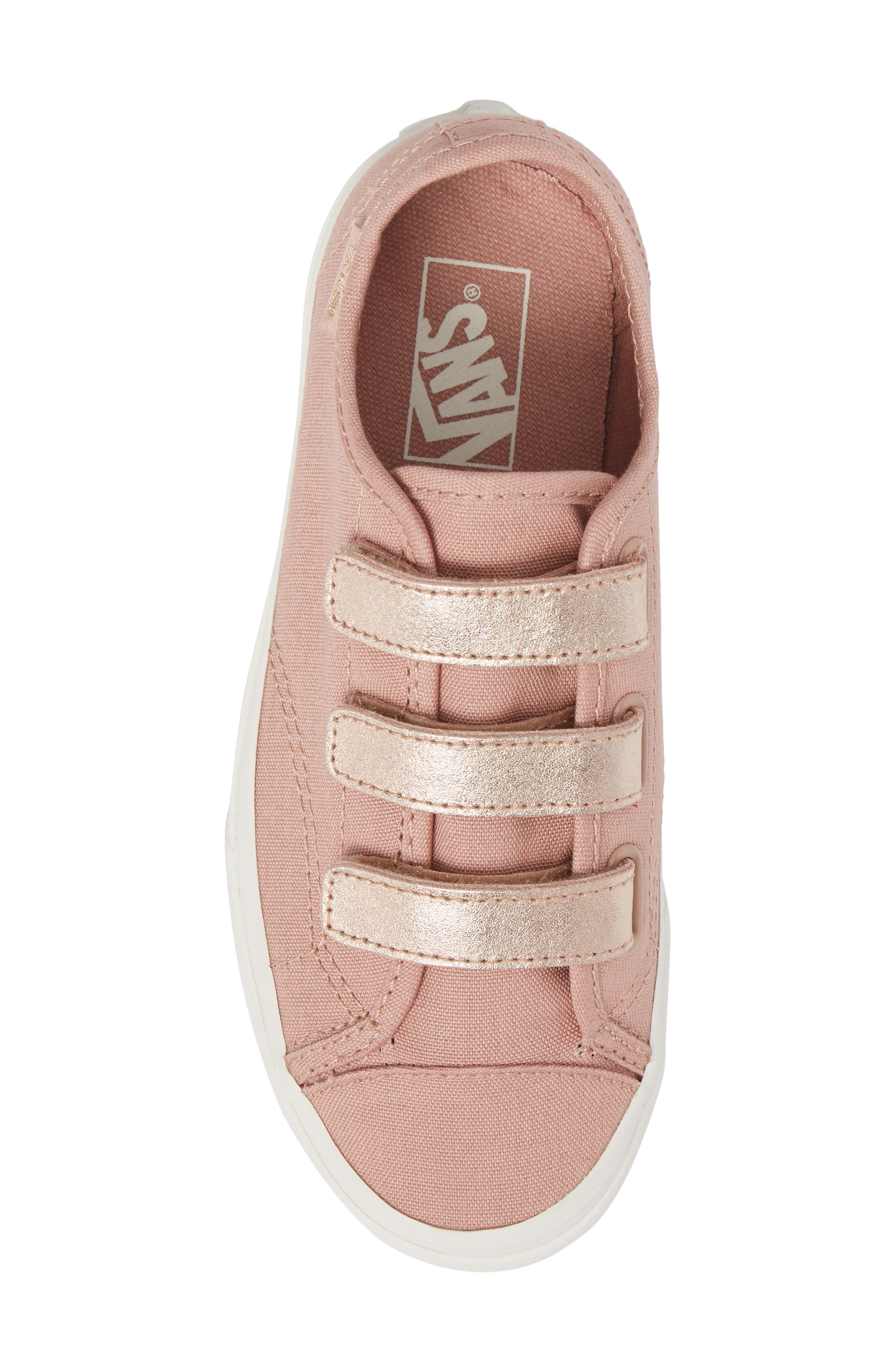 Style 23V Sneaker,                             Alternate thumbnail 5, color,                             220