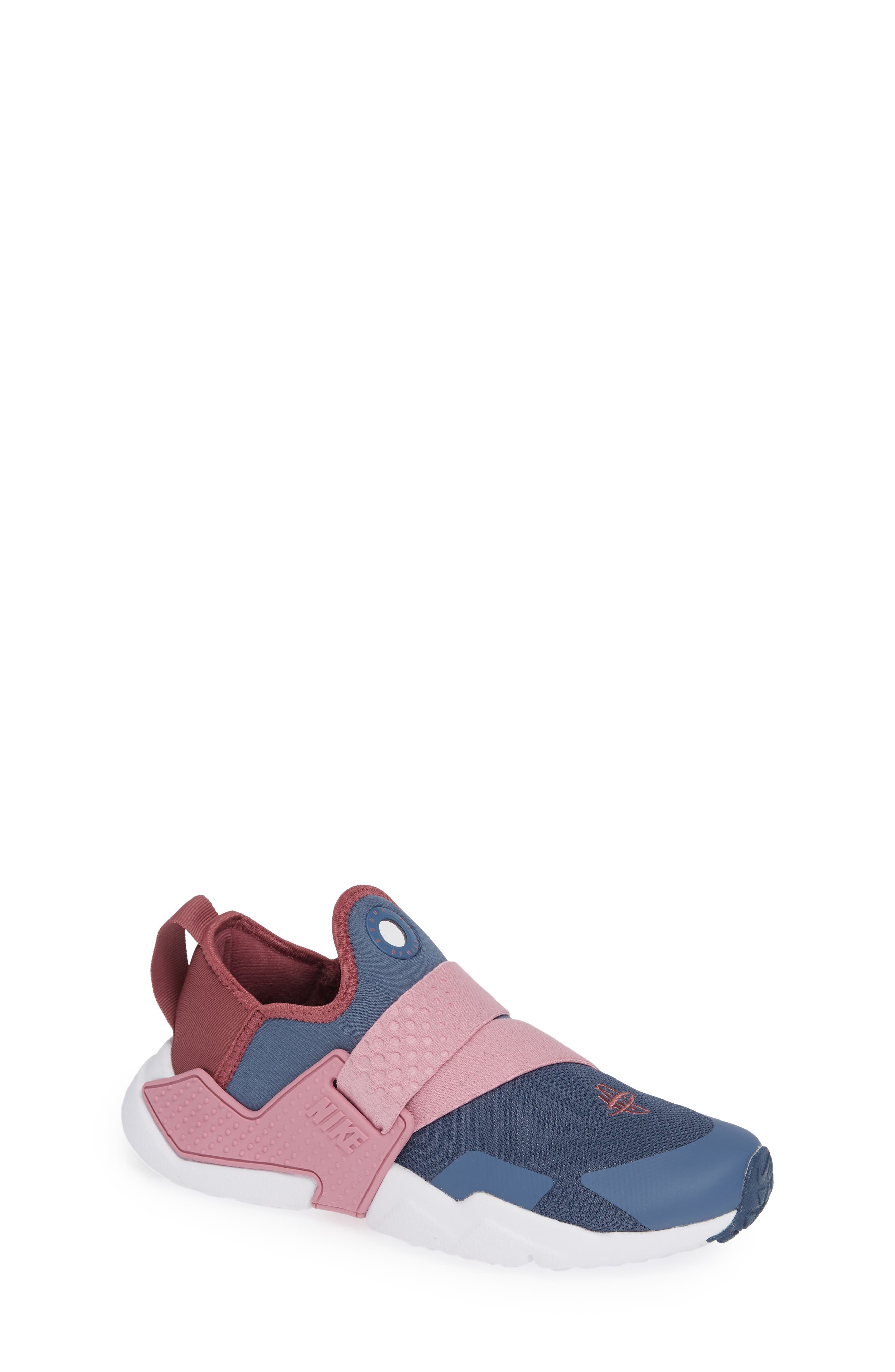 Huarache Extreme Sneaker, Main, color, DIFFUSED BLUE