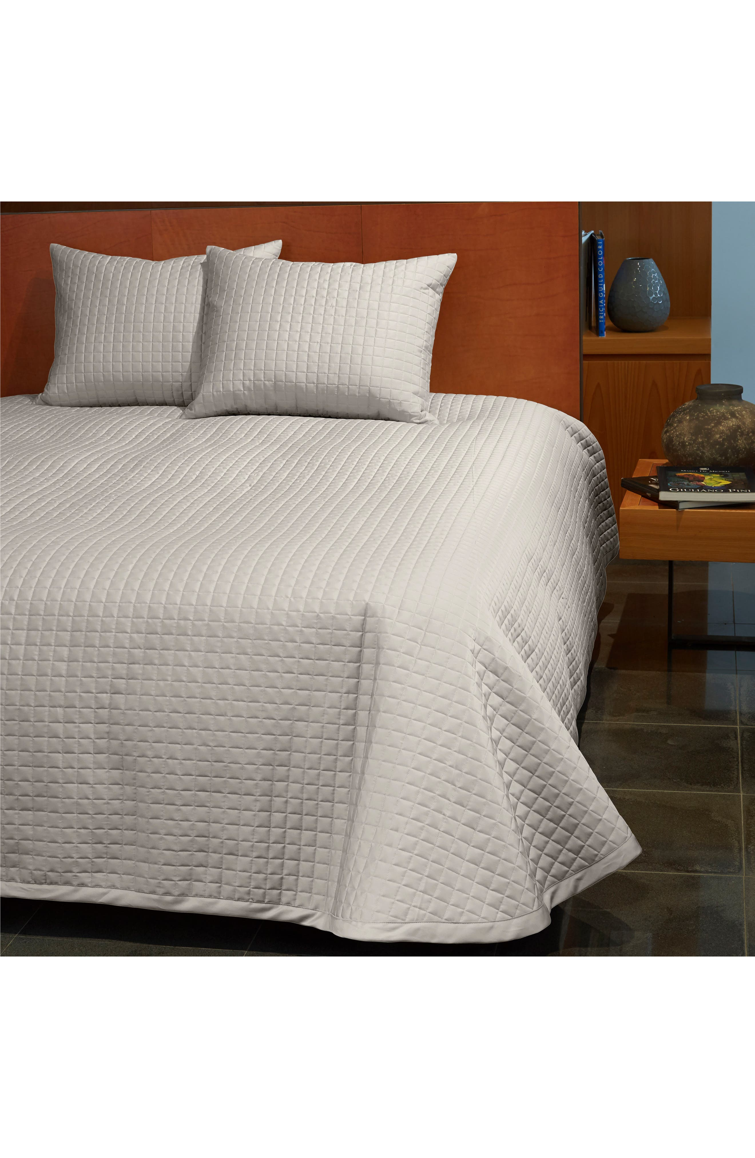 Masaccio 300 Thread Count Quilted Coverlet,                             Alternate thumbnail 2, color,                             PEARL