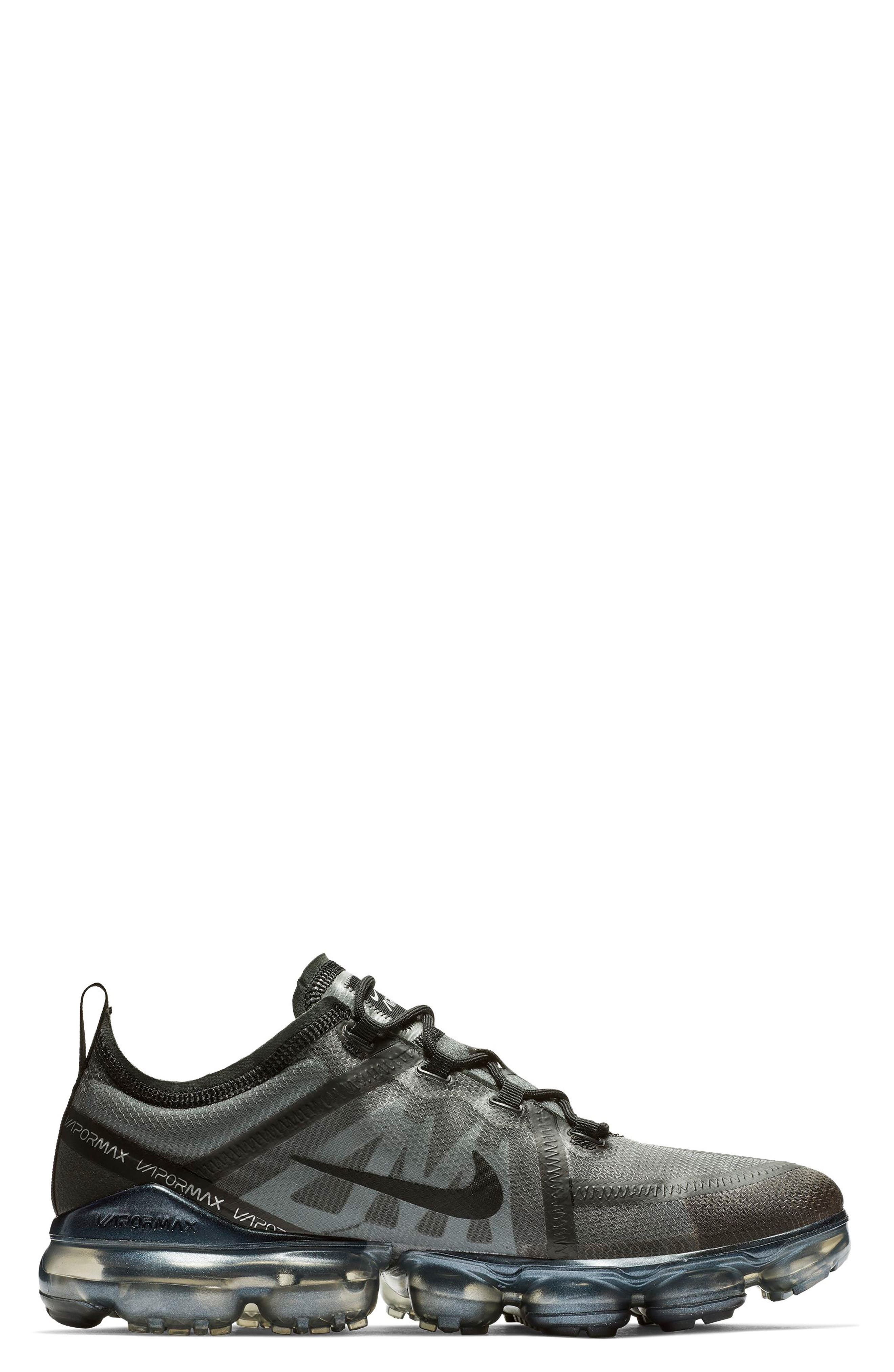 Air VaporMax 2019 Running Shoe,                             Alternate thumbnail 3, color,                             BLACK/ BLACK/ BLACK