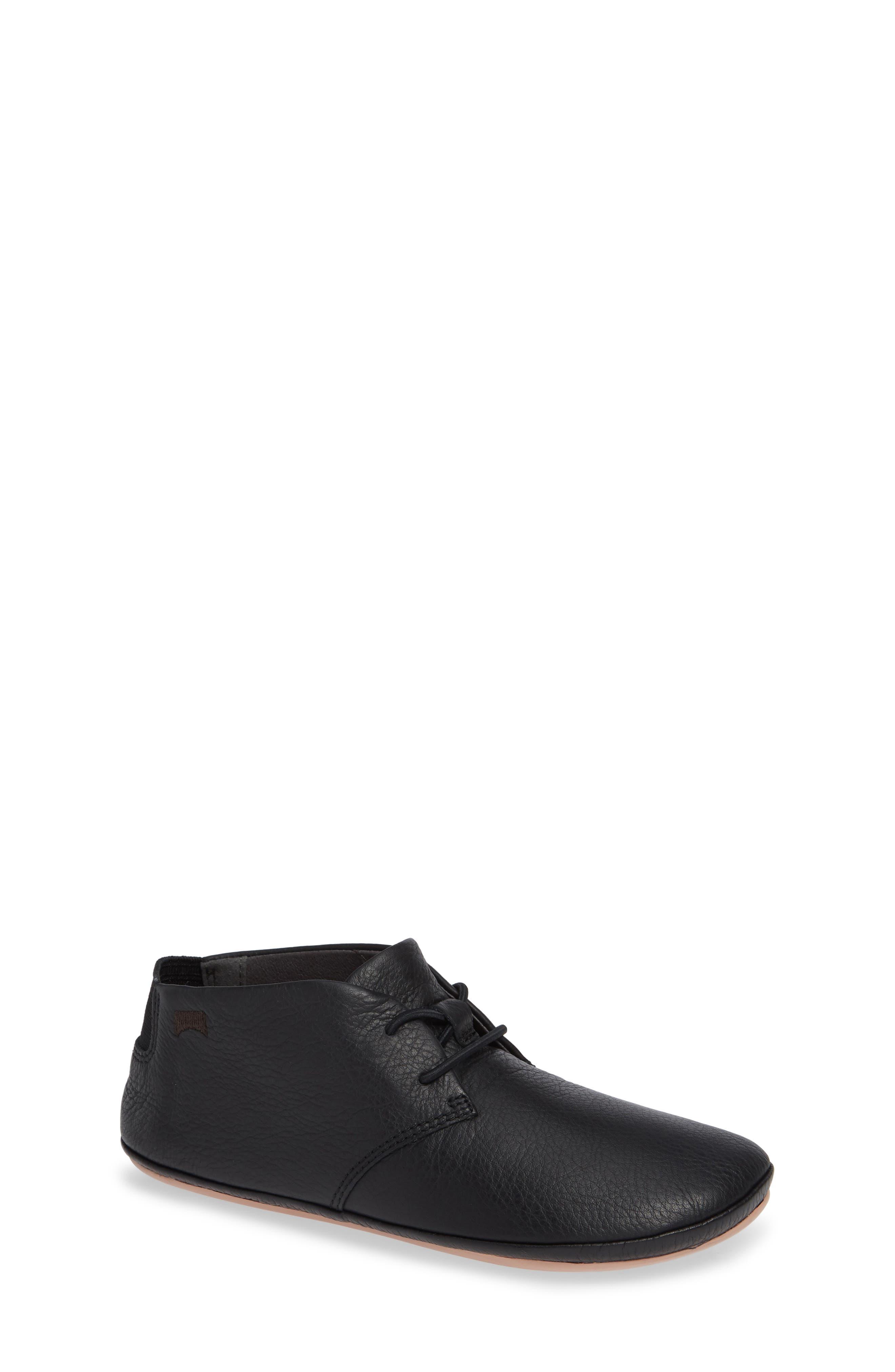 Right Kids Desert Shoe,                         Main,                         color, BLACK