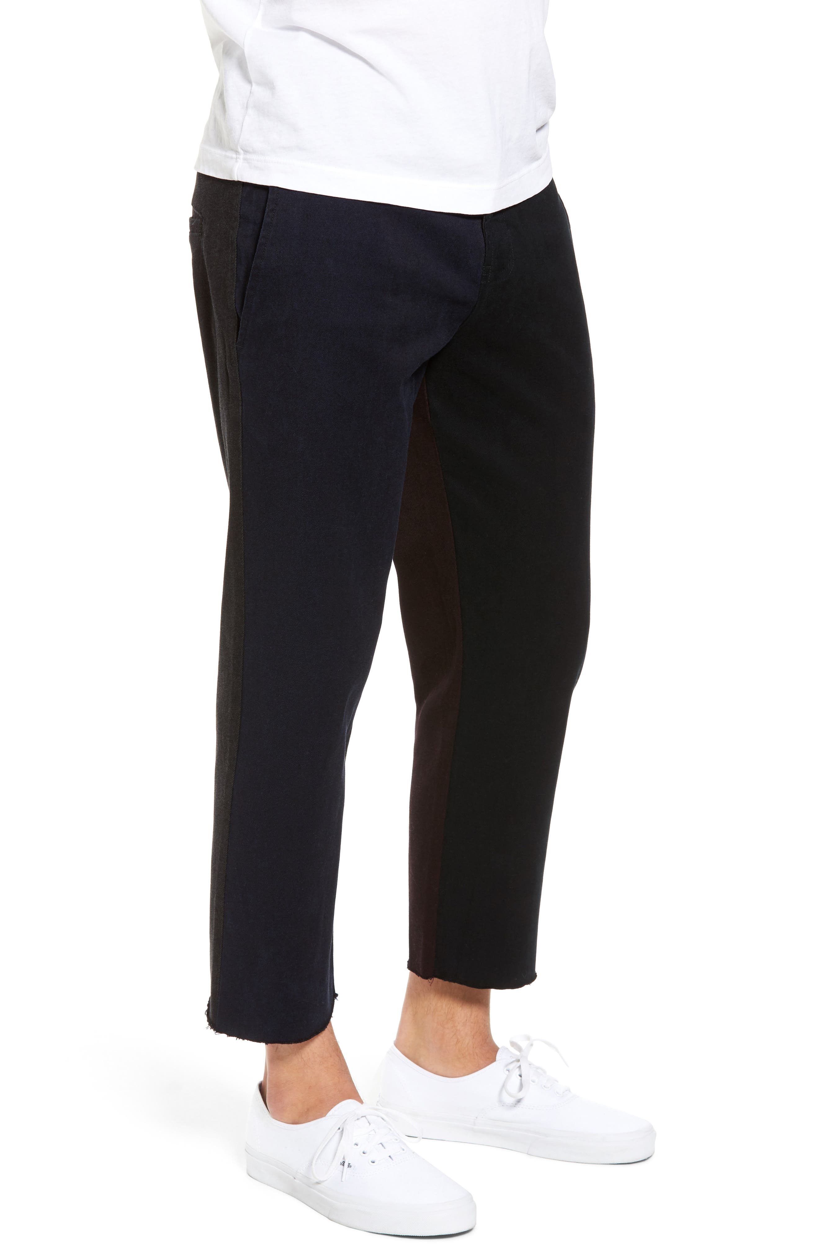 Chodus Crop Boxy Fit Chinos,                             Alternate thumbnail 3, color,                             001