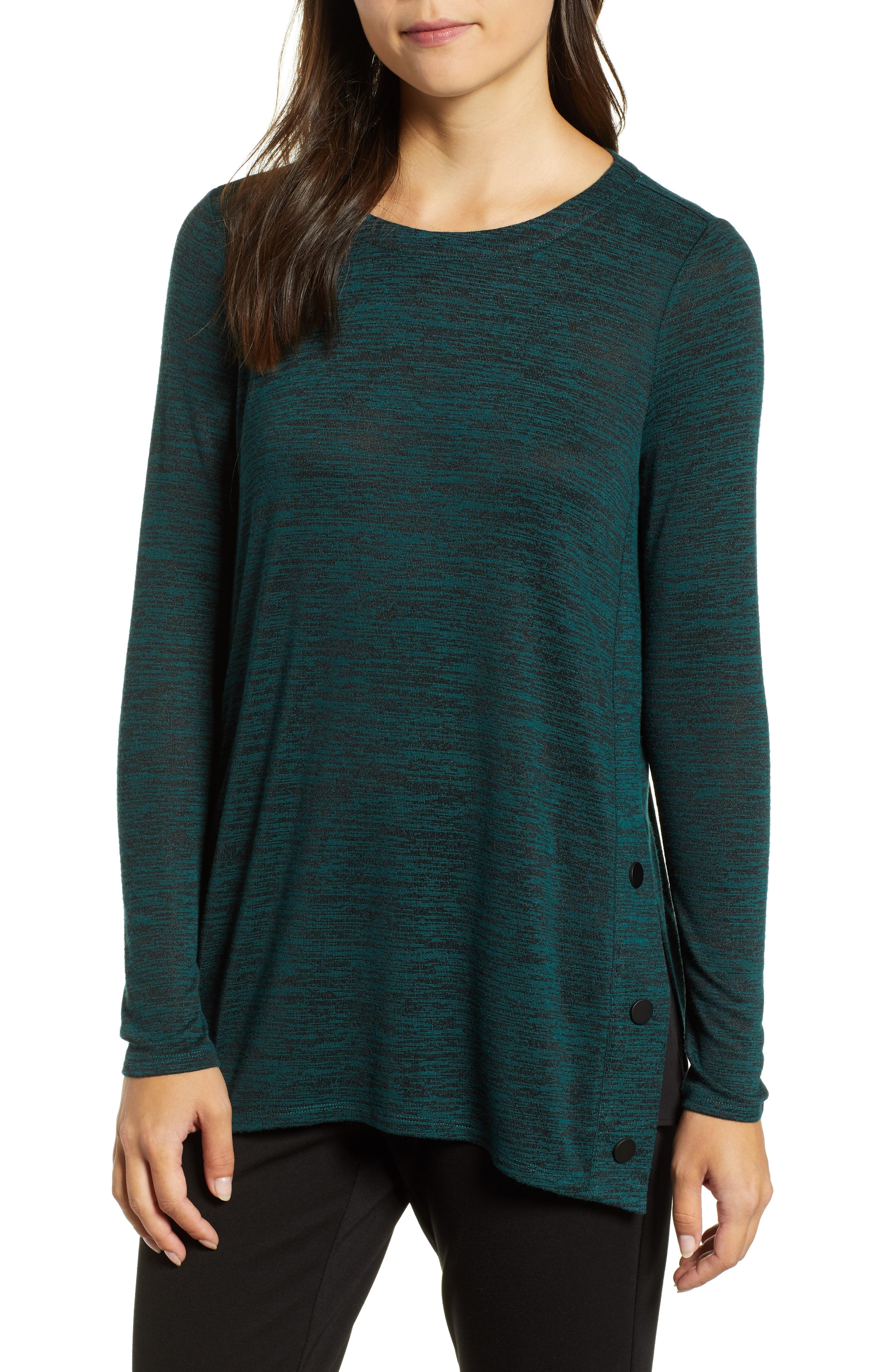 af15e2a5286 Nic And Zoe Nic+Zoe Petites Every Occasion Button-Trimmed Tunic Sweater In  Emerald