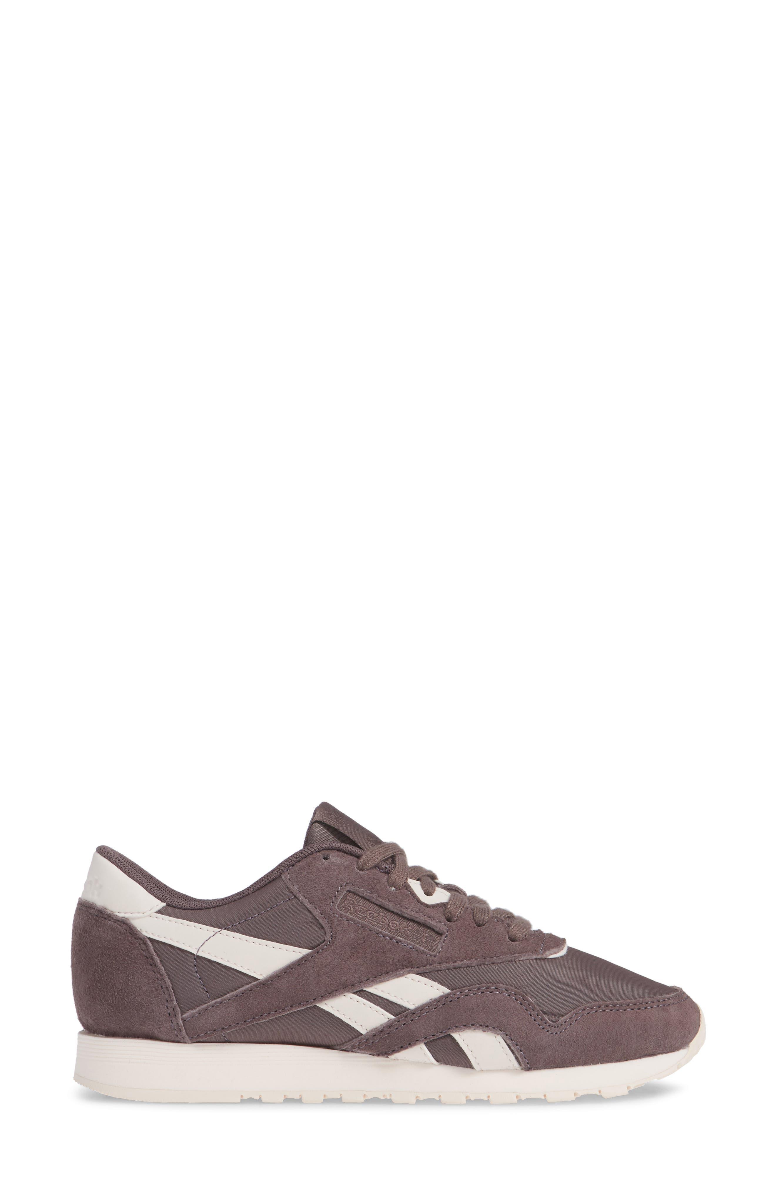 Classic Sneaker,                             Alternate thumbnail 3, color,                             020
