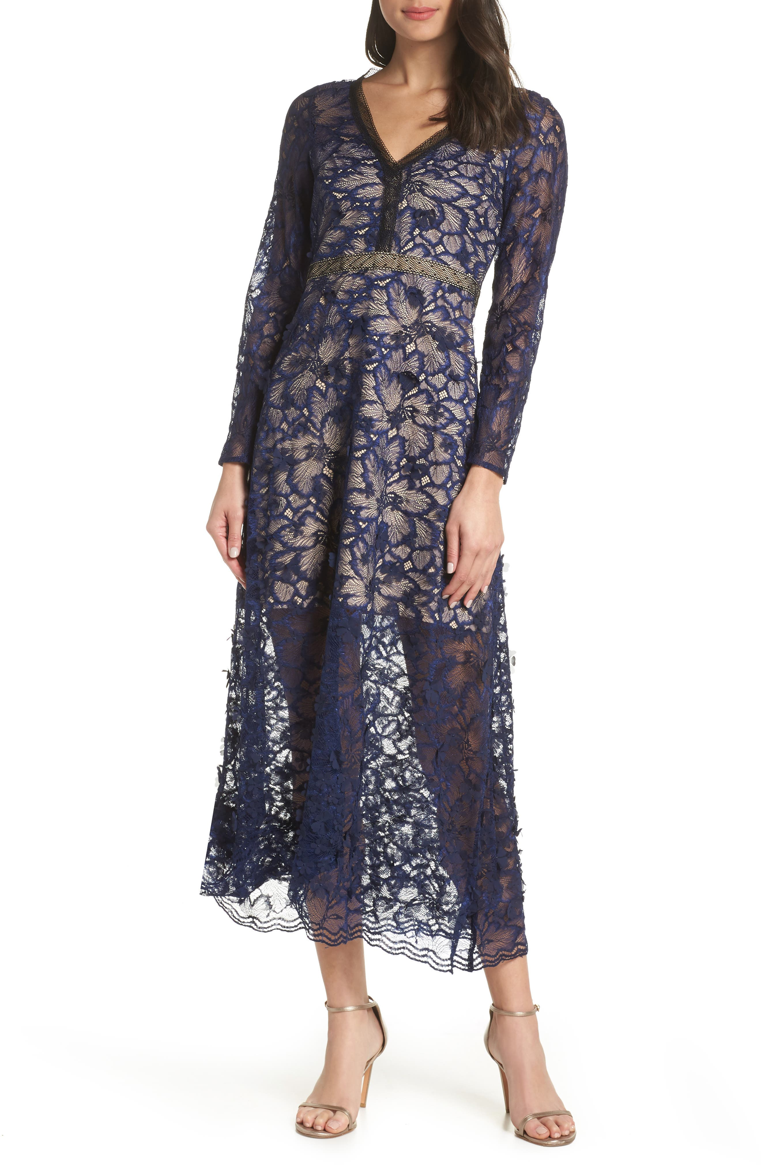FOXIEDOX Elisabet 3D Lace Gown in Navy