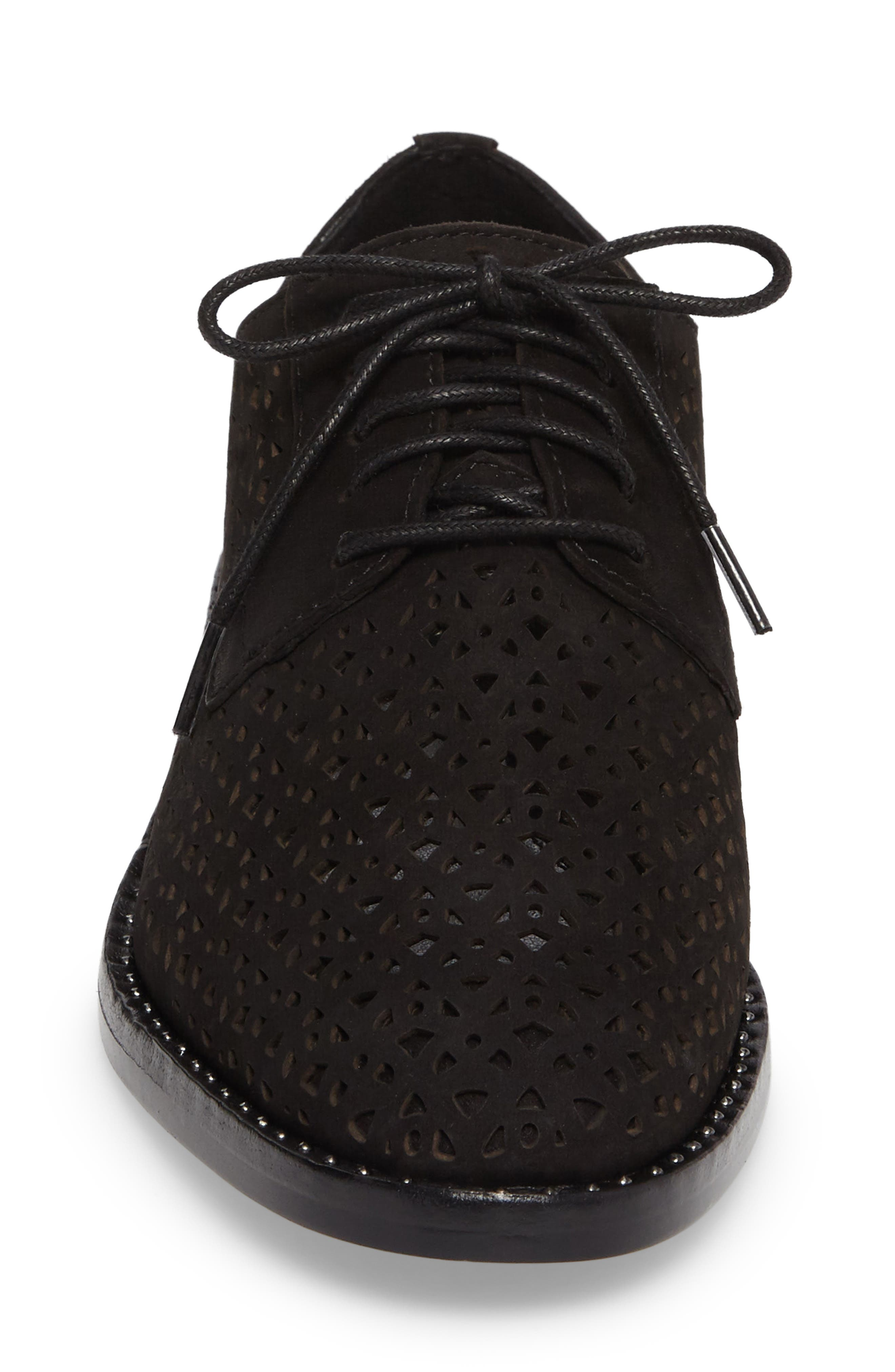 Lesta Geo Perforated Oxford,                             Alternate thumbnail 4, color,                             001
