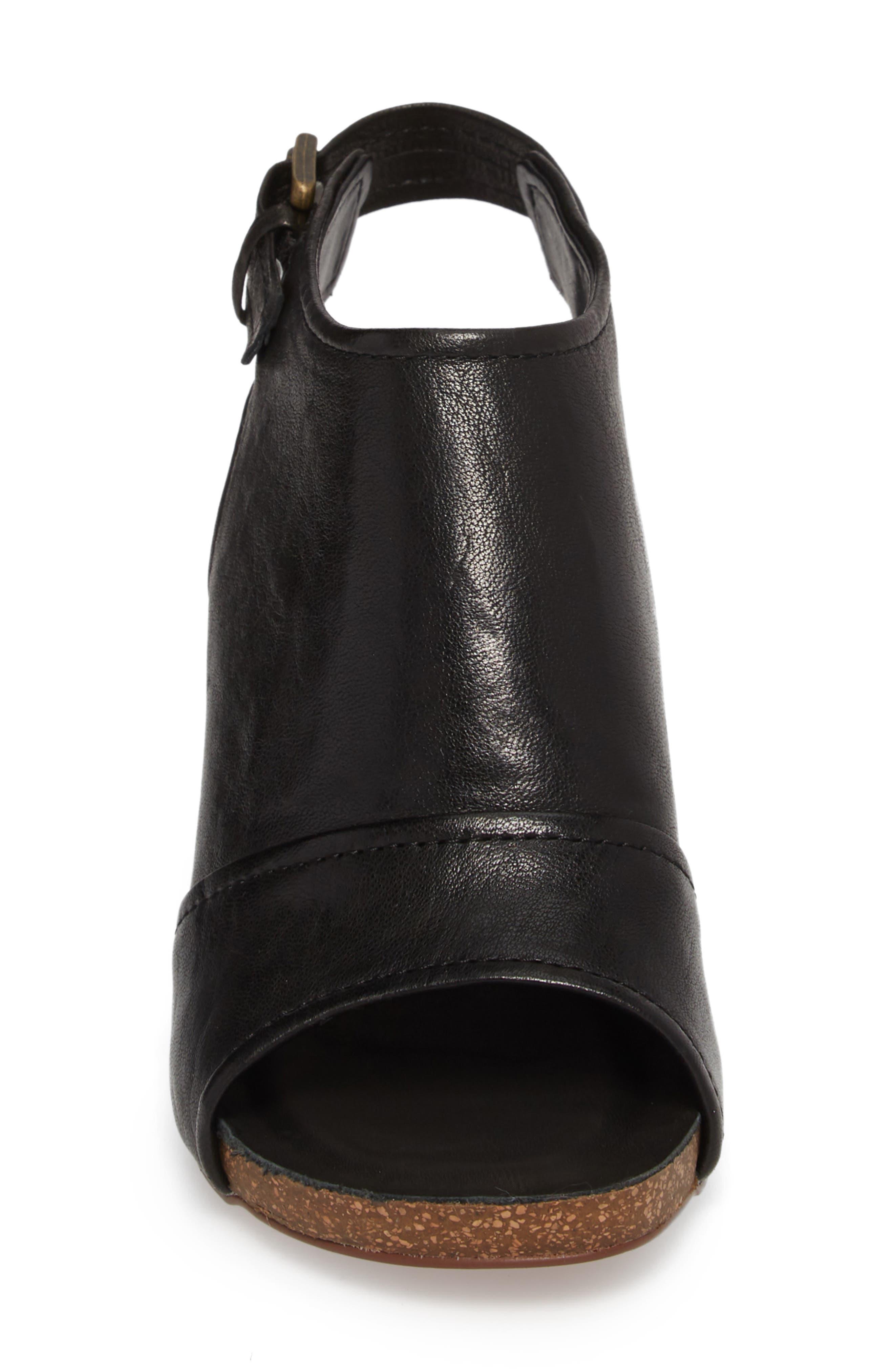 Isanti Slingback Sandal,                             Alternate thumbnail 4, color,                             BLACK LEATHER