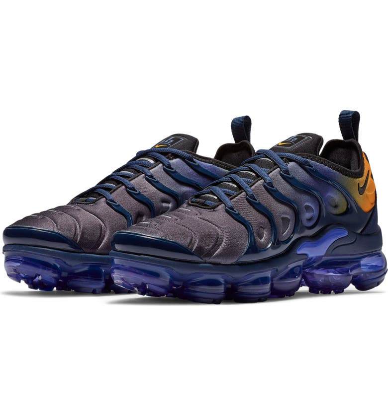 Nike Air VaporMax Plus (Women)  b5f7a987a