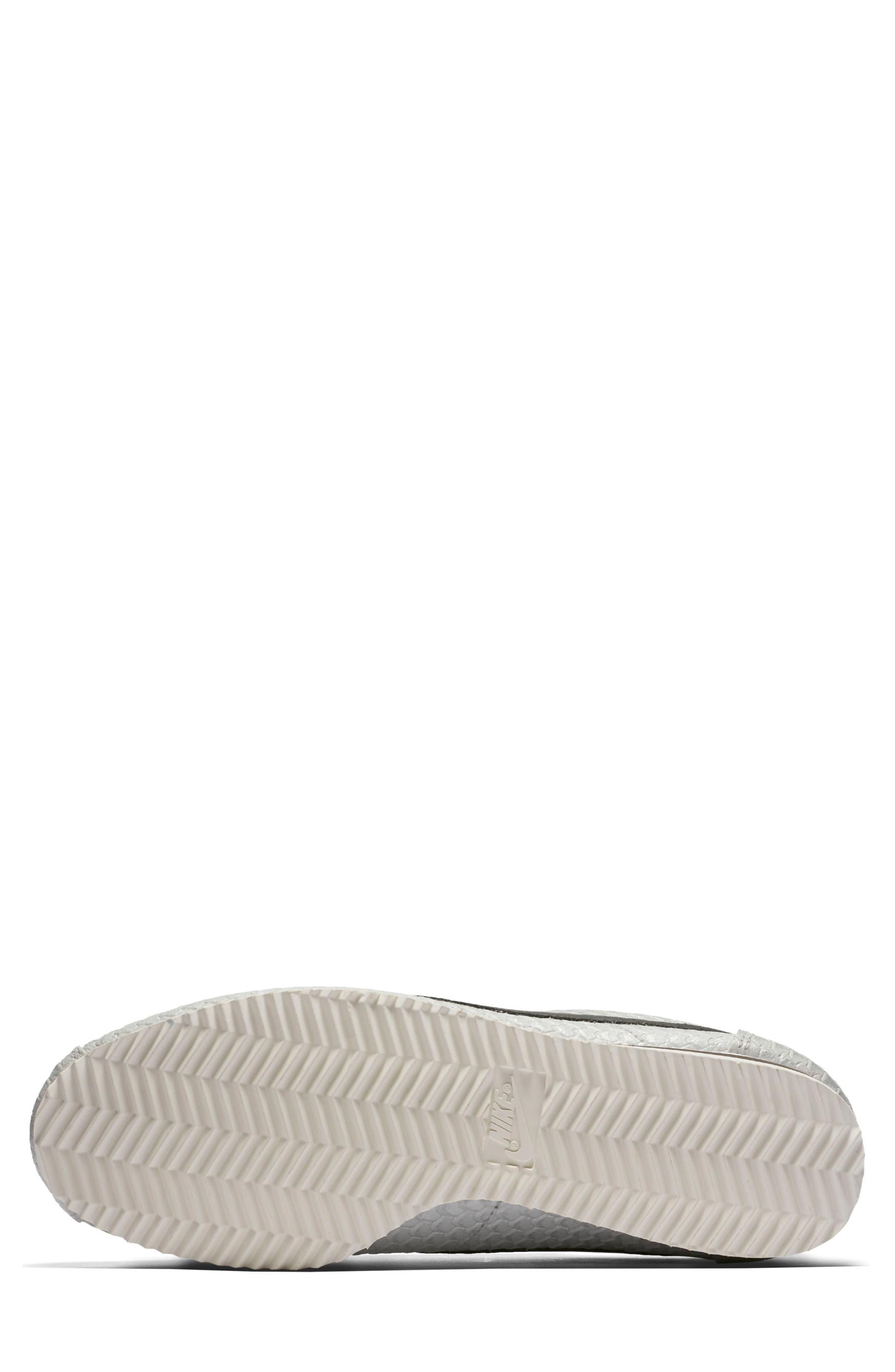 Classic Cortez SE Sneaker,                             Alternate thumbnail 5, color,                             031