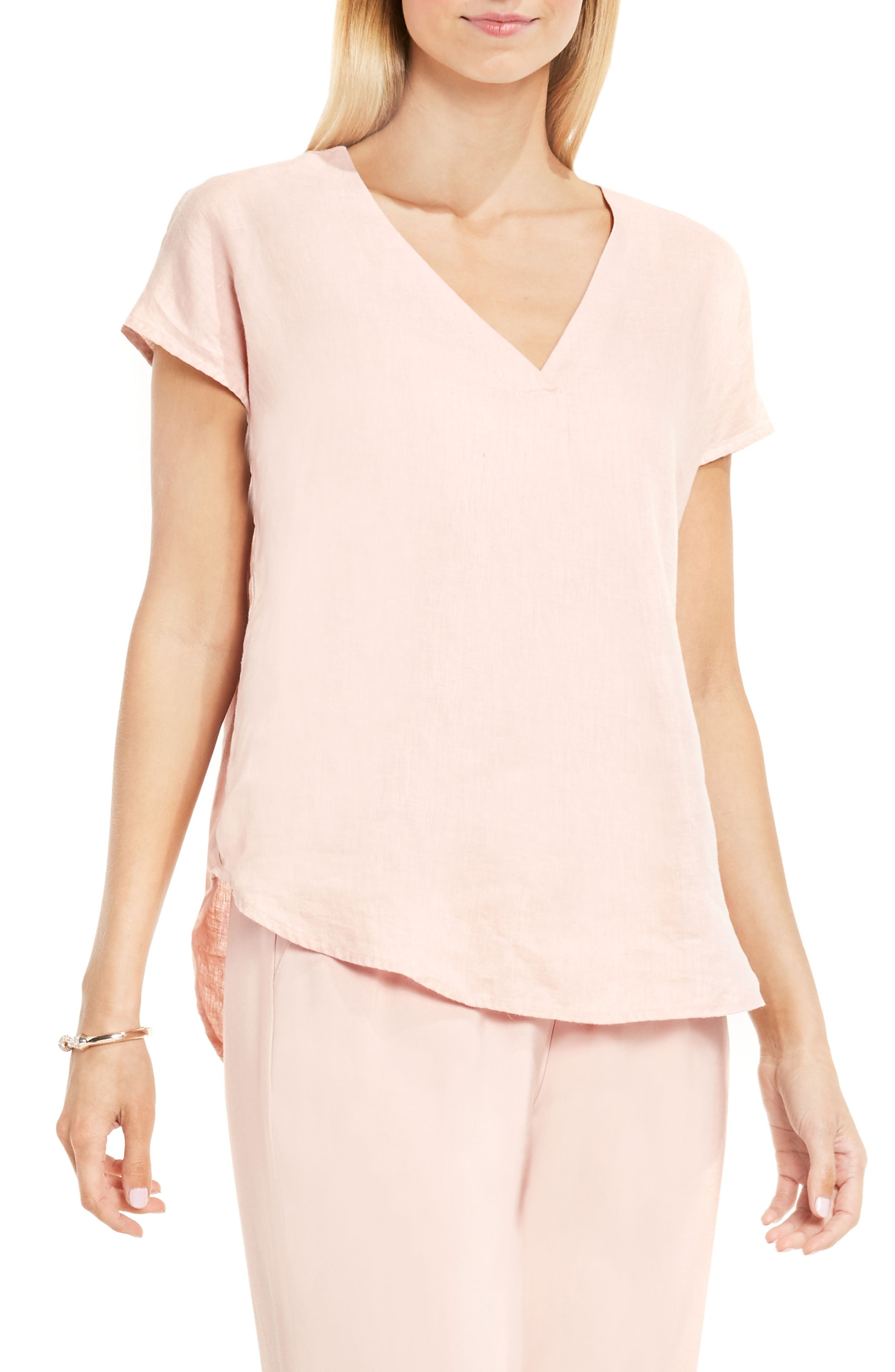TWO BY VINCE CAMUTO Linen V-Neck Blouse in Blush Pink