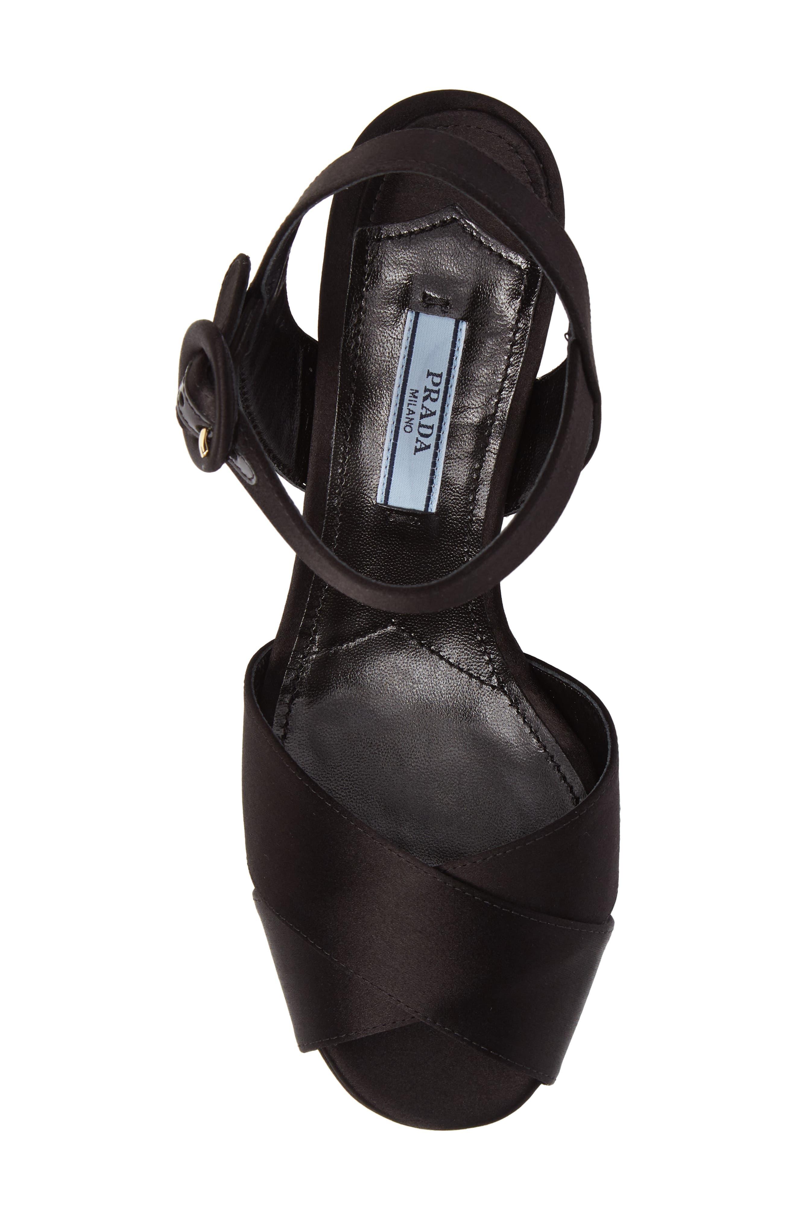 Block Heel Platform Sandal,                             Alternate thumbnail 5, color,                             002