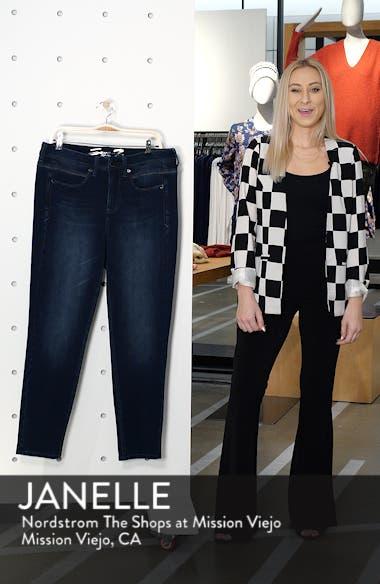 Tummyless Skinny Jeans, sales video thumbnail