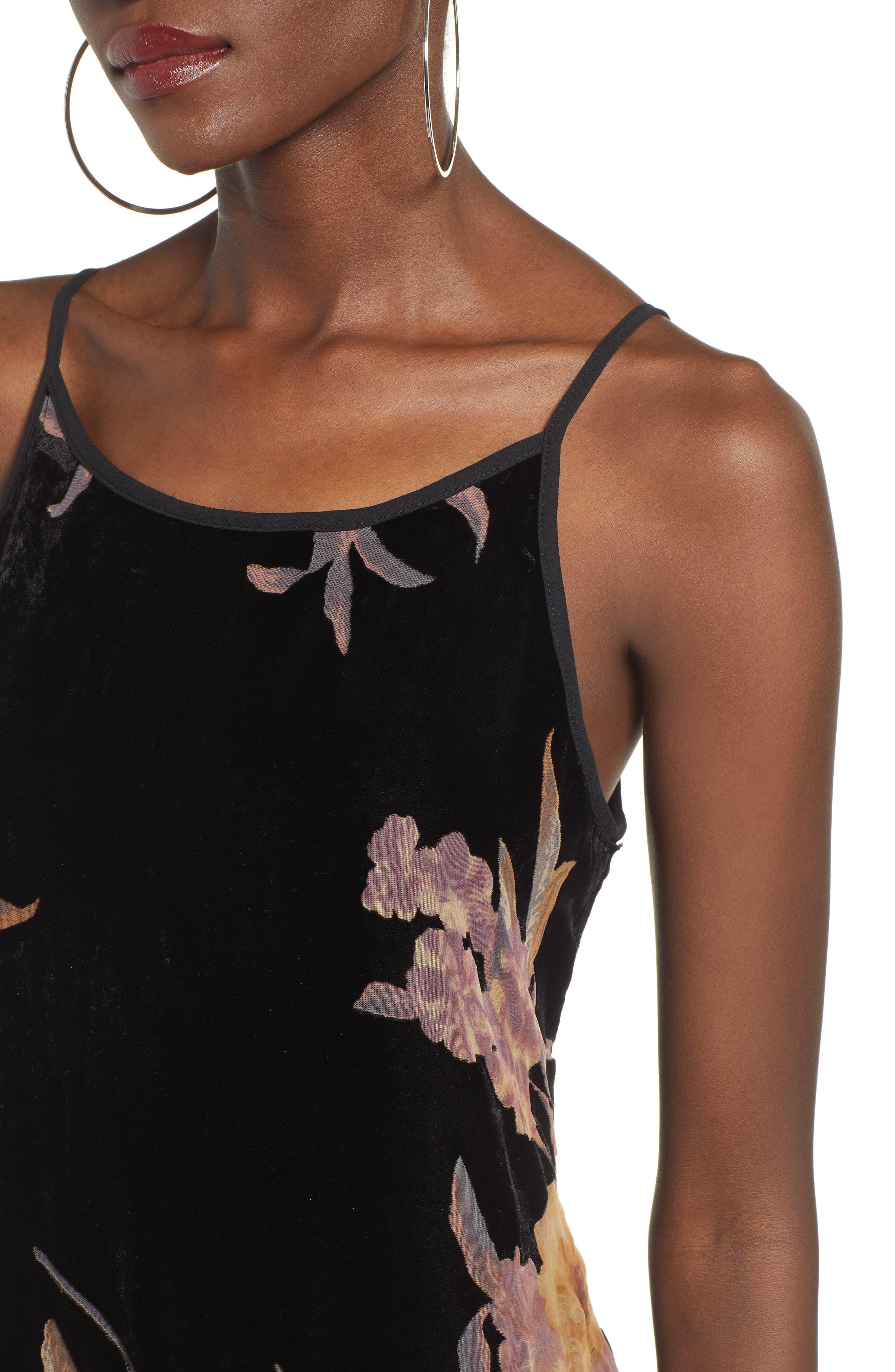 BAND OF GYPSIES,                             Mallorey Floral Print Velvet Dress,                             Alternate thumbnail 4, color,                             001