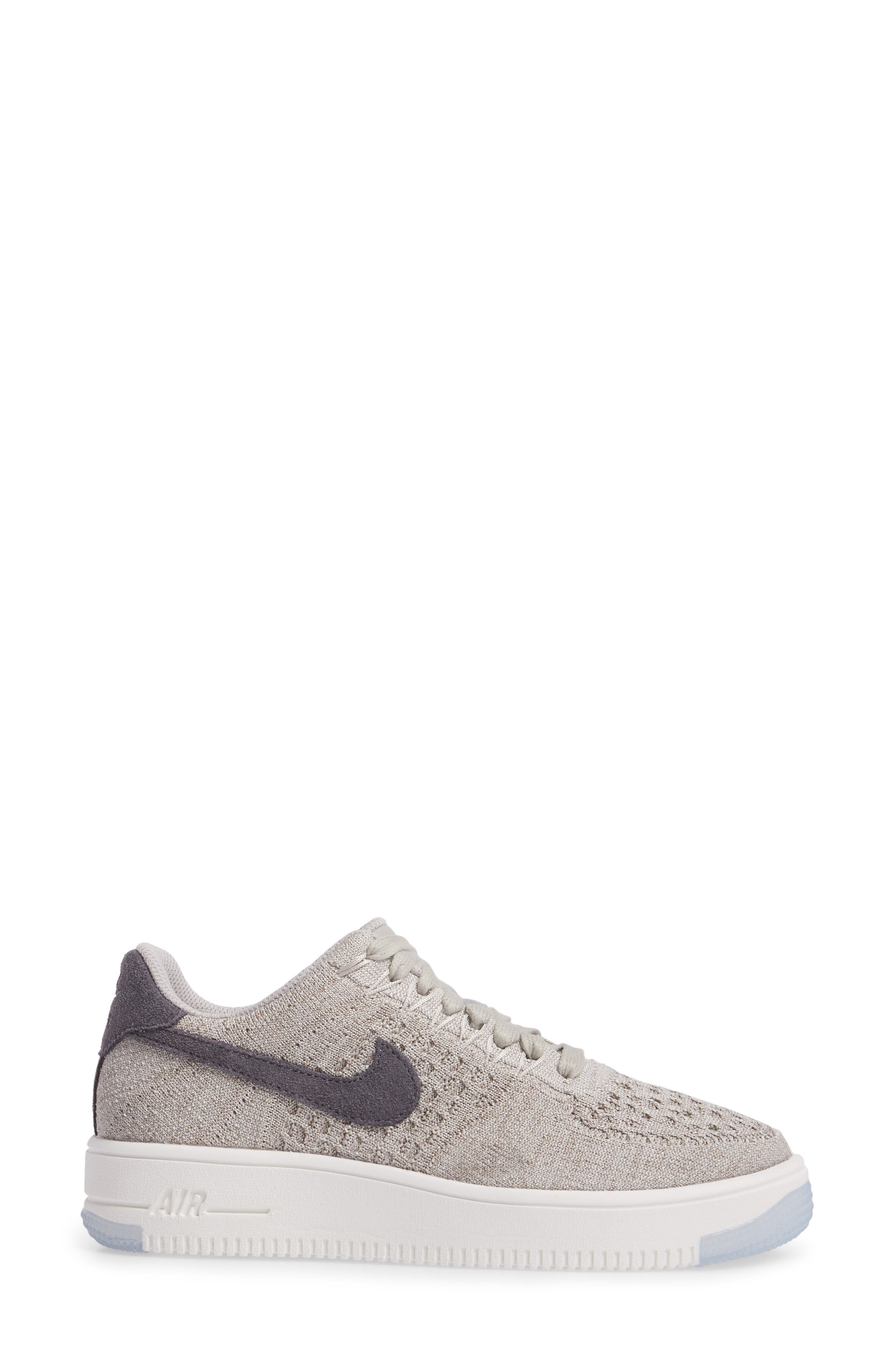 'Air Force 1 Flyknit Low' Sneaker,                             Alternate thumbnail 17, color,