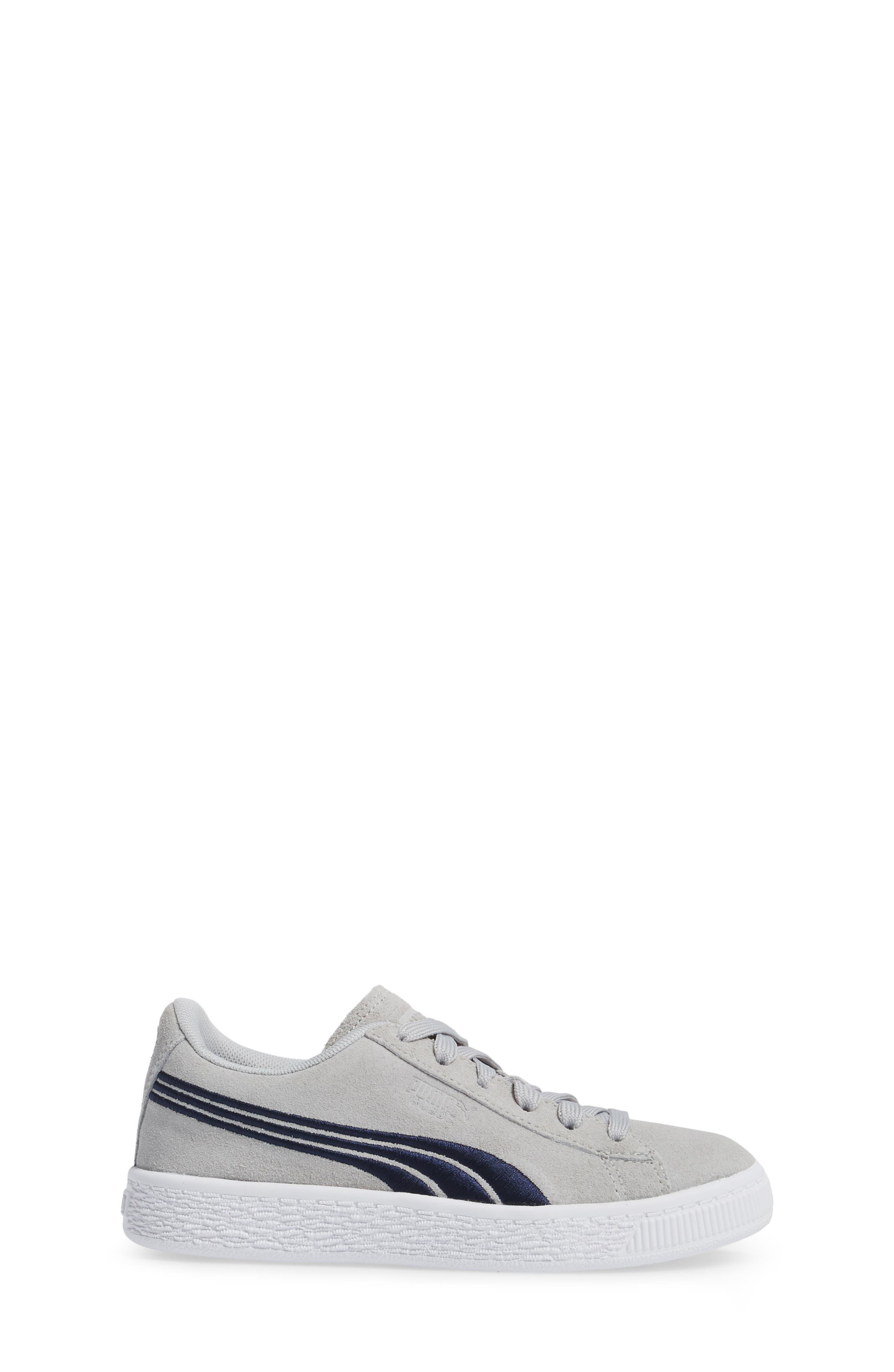 Classic Badge Sneaker,                             Alternate thumbnail 3, color,                             060