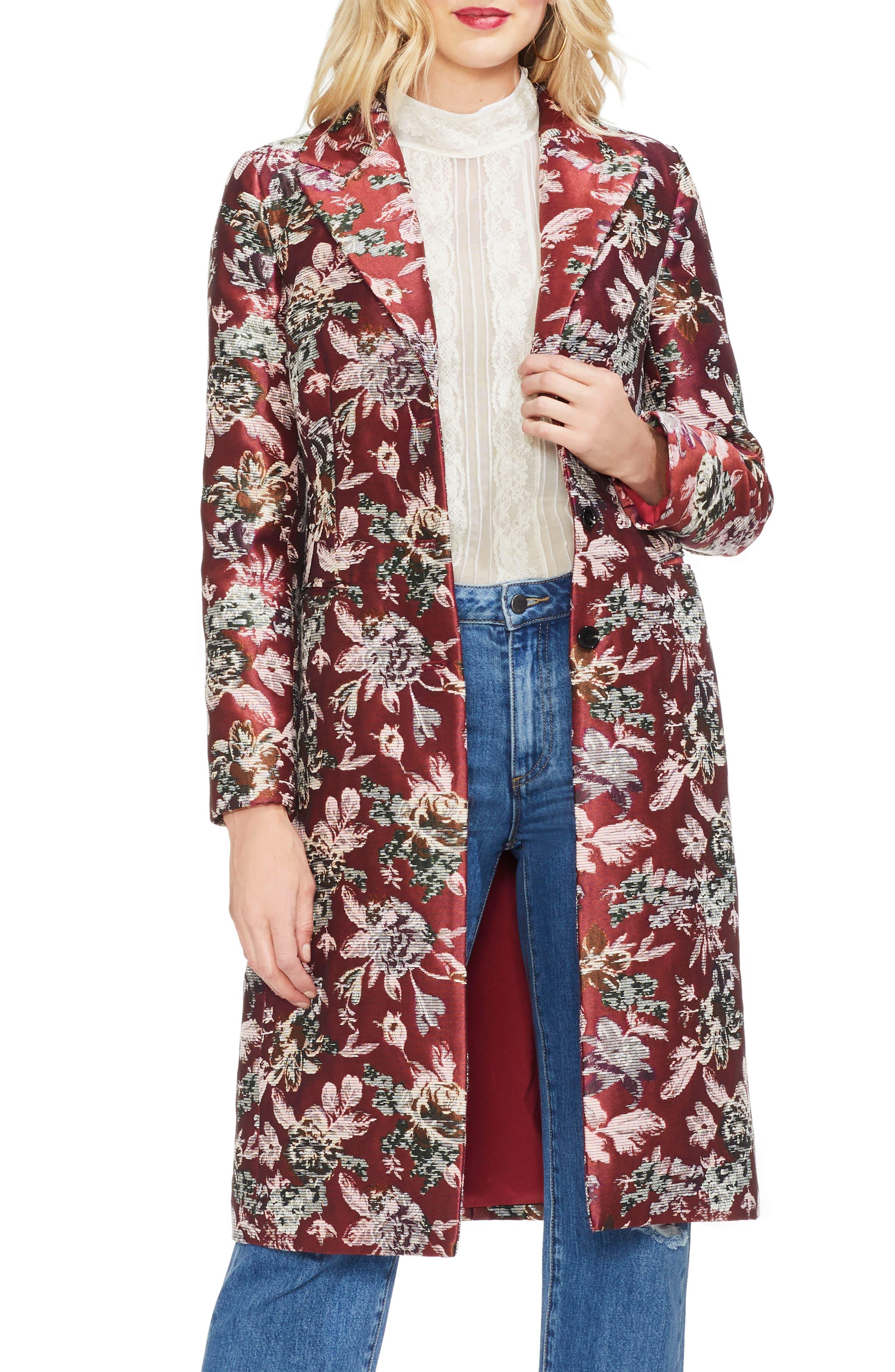 VINCE CAMUTO Floral Tapestry Topper Jacket in Claret