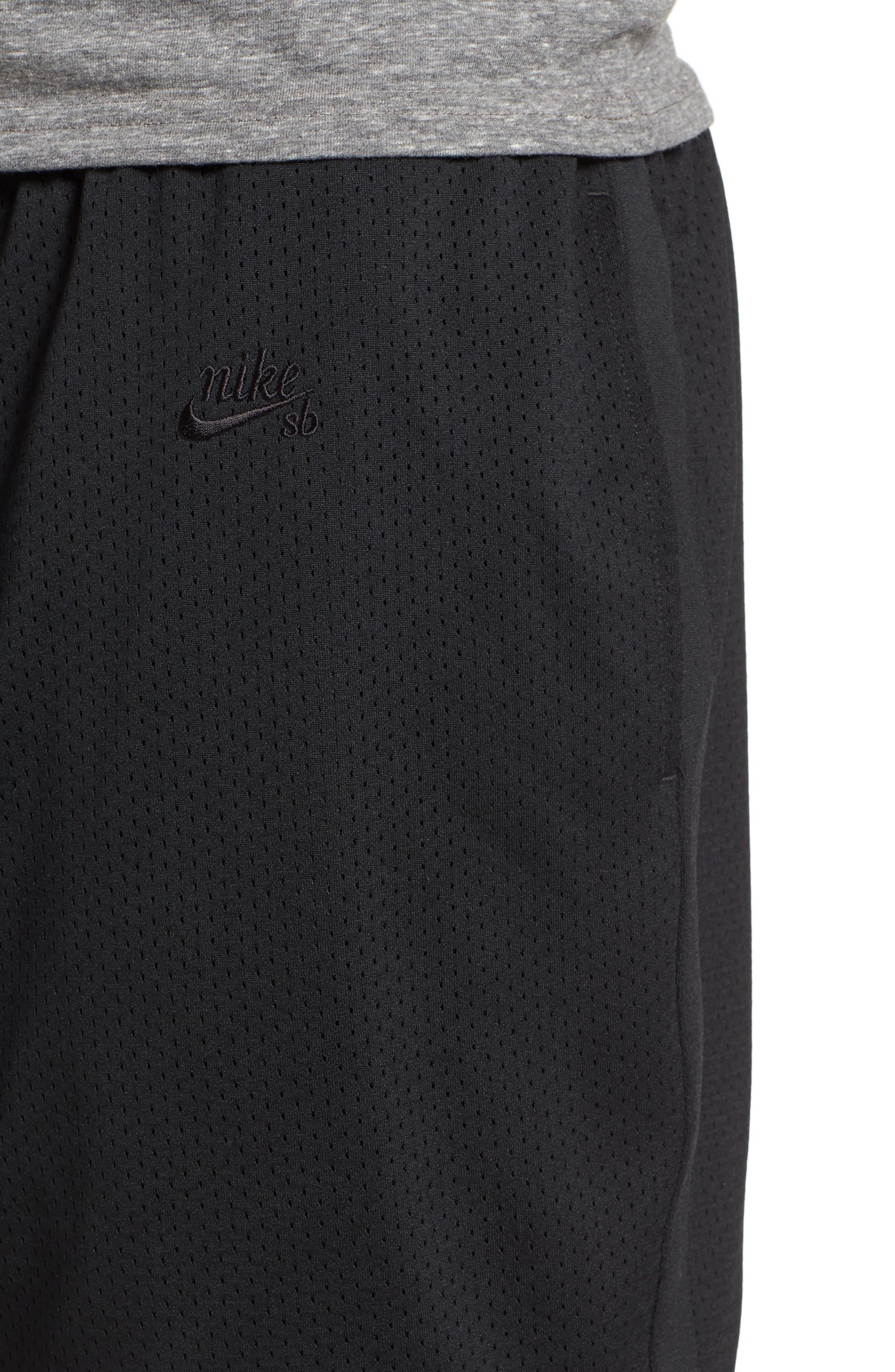 SB Dry Heritage Court Shorts,                             Alternate thumbnail 4, color,                             010