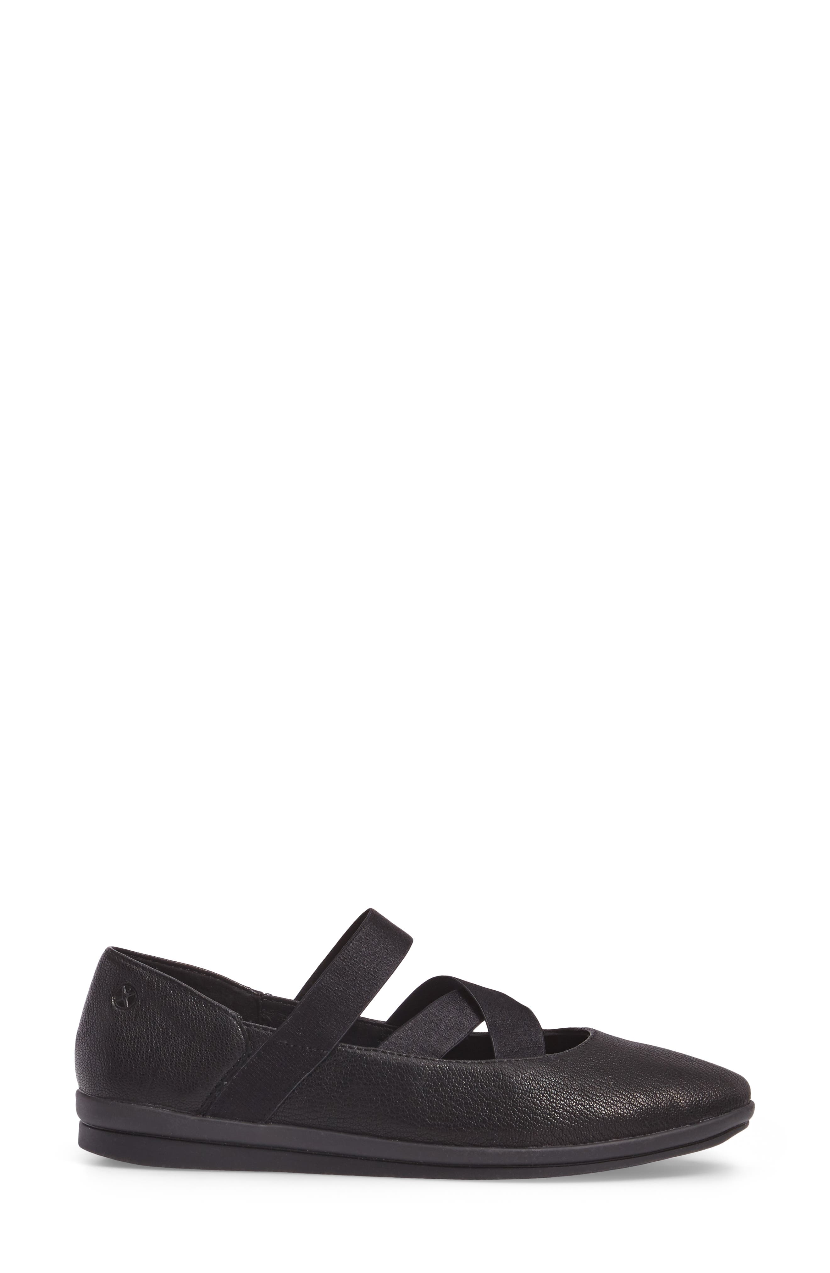 Meree Madrine Cross Strap Flat,                             Alternate thumbnail 13, color,