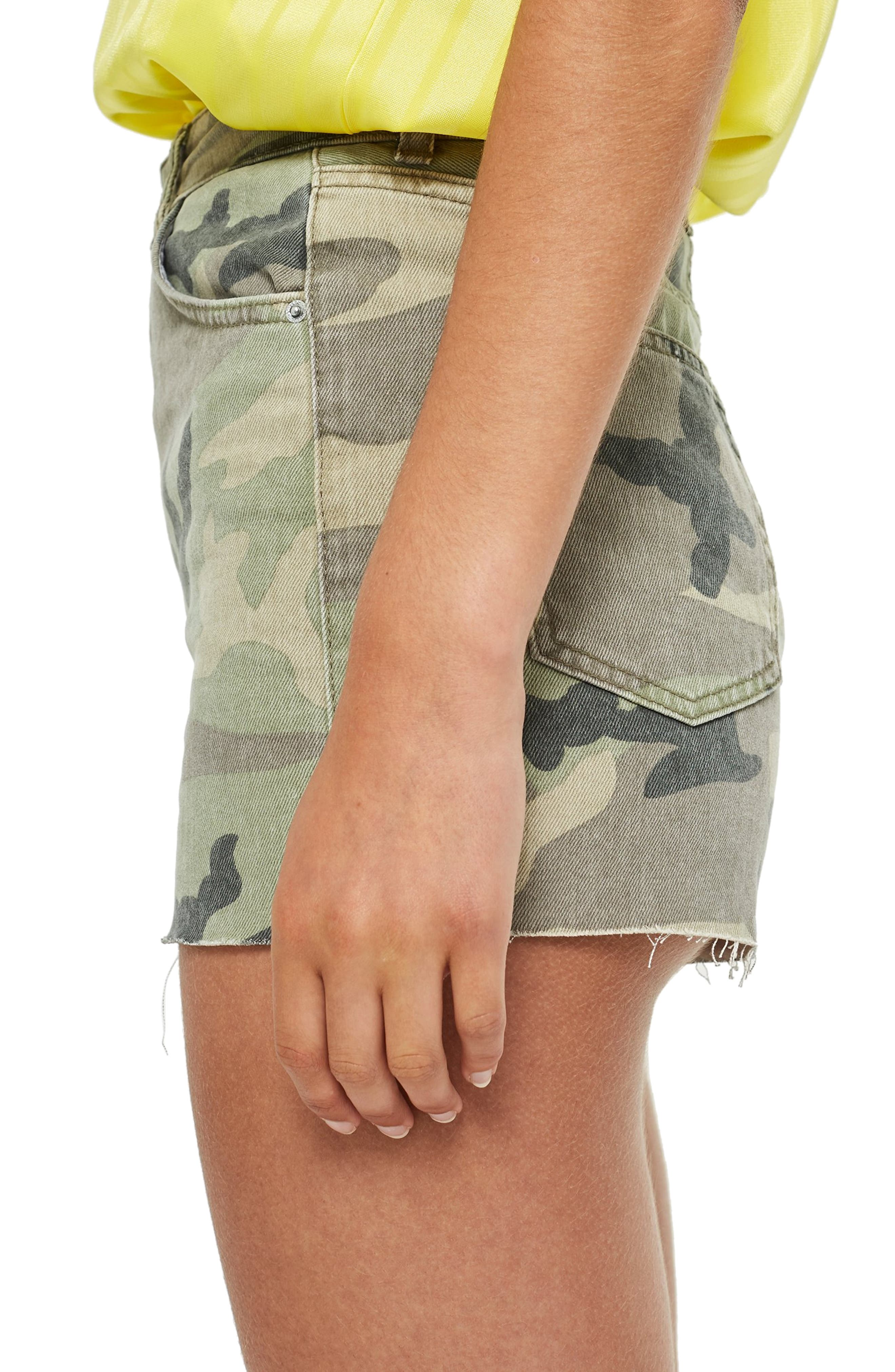 TOPSHOP,                             Camo Denim Mom Shorts,                             Alternate thumbnail 4, color,                             300