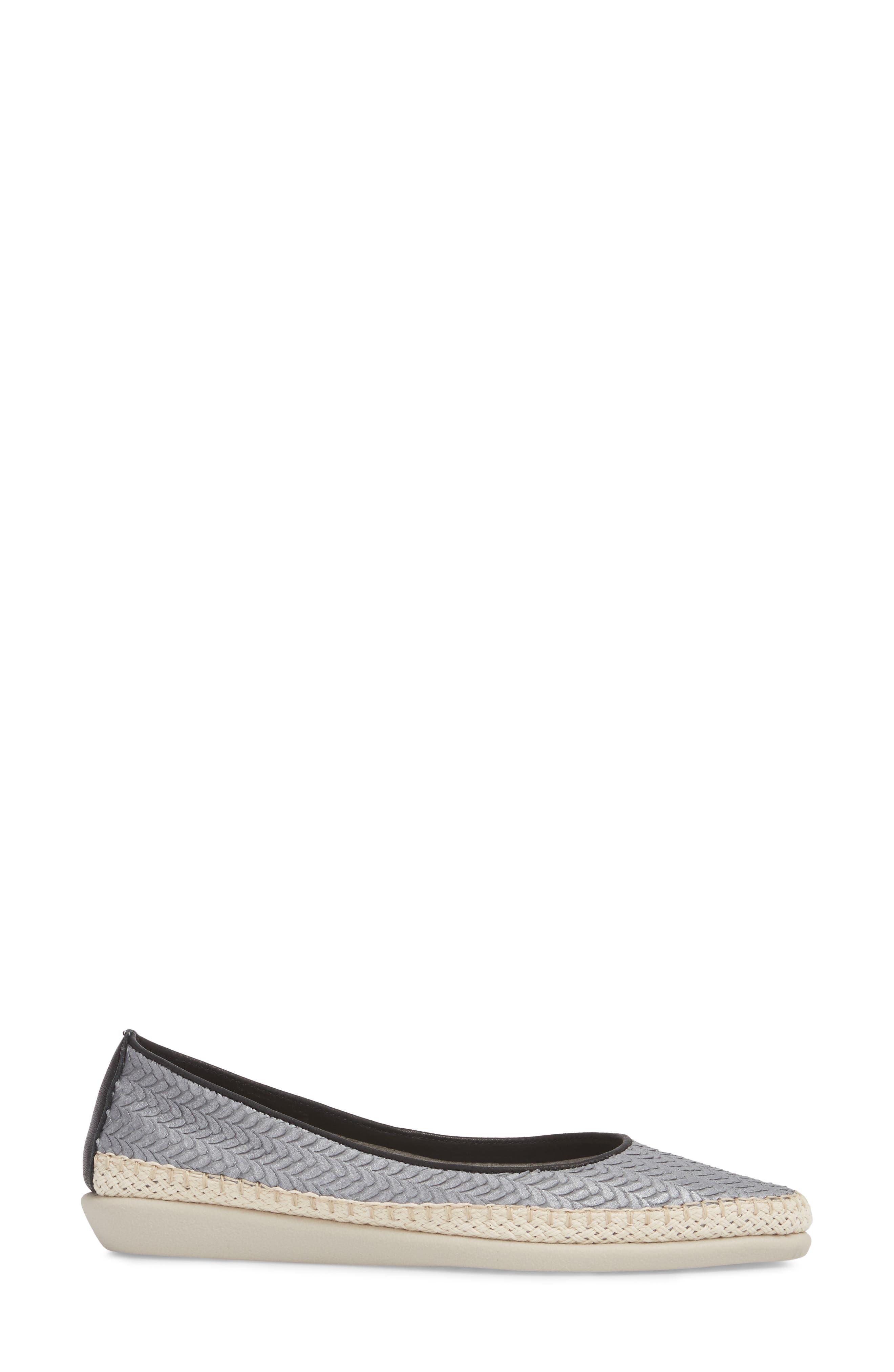 'Torri' Perforated Espadrille Flat,                             Alternate thumbnail 3, color,                             040