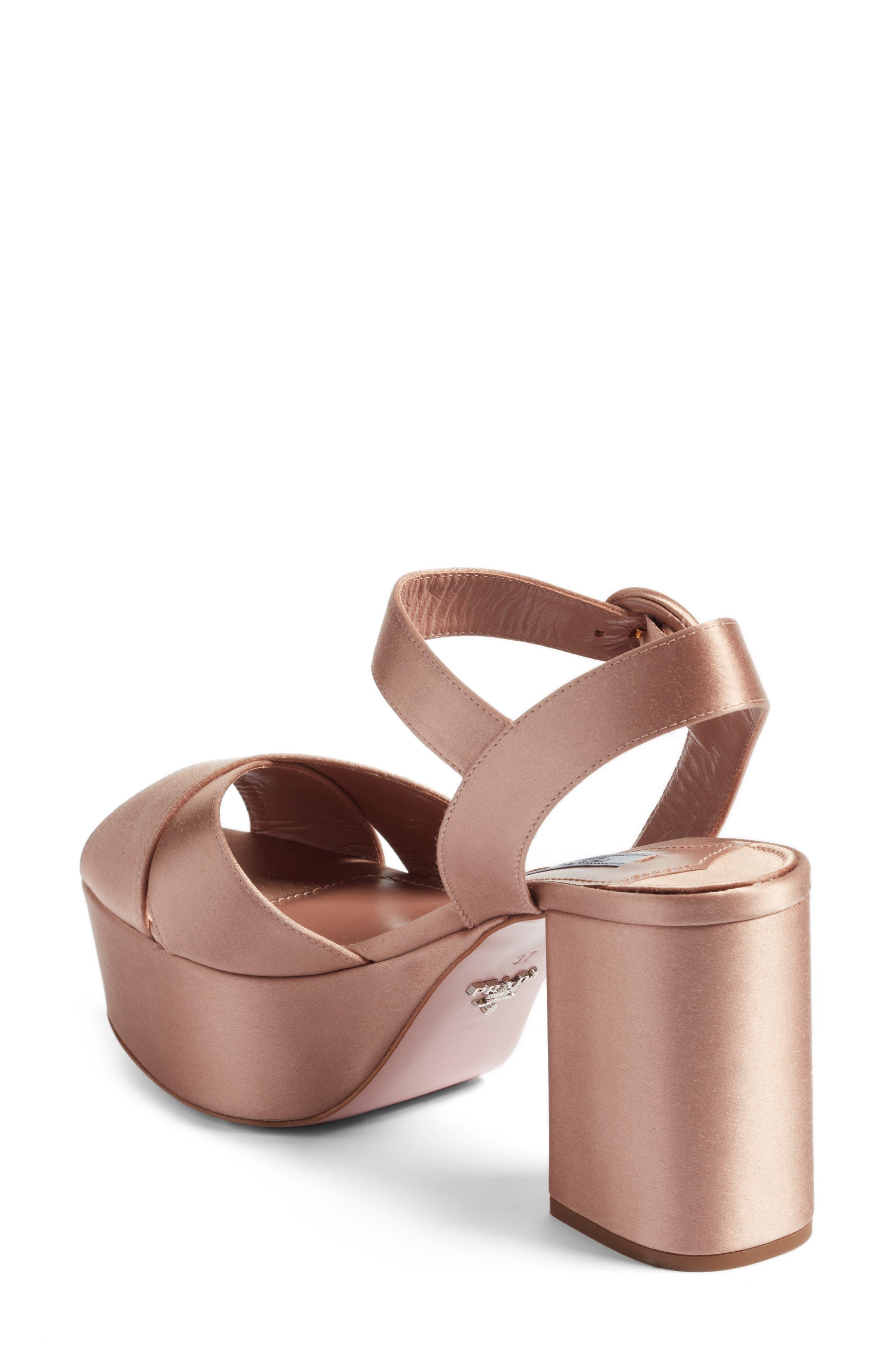 Block Heel Platform Sandal,                             Alternate thumbnail 5, color,