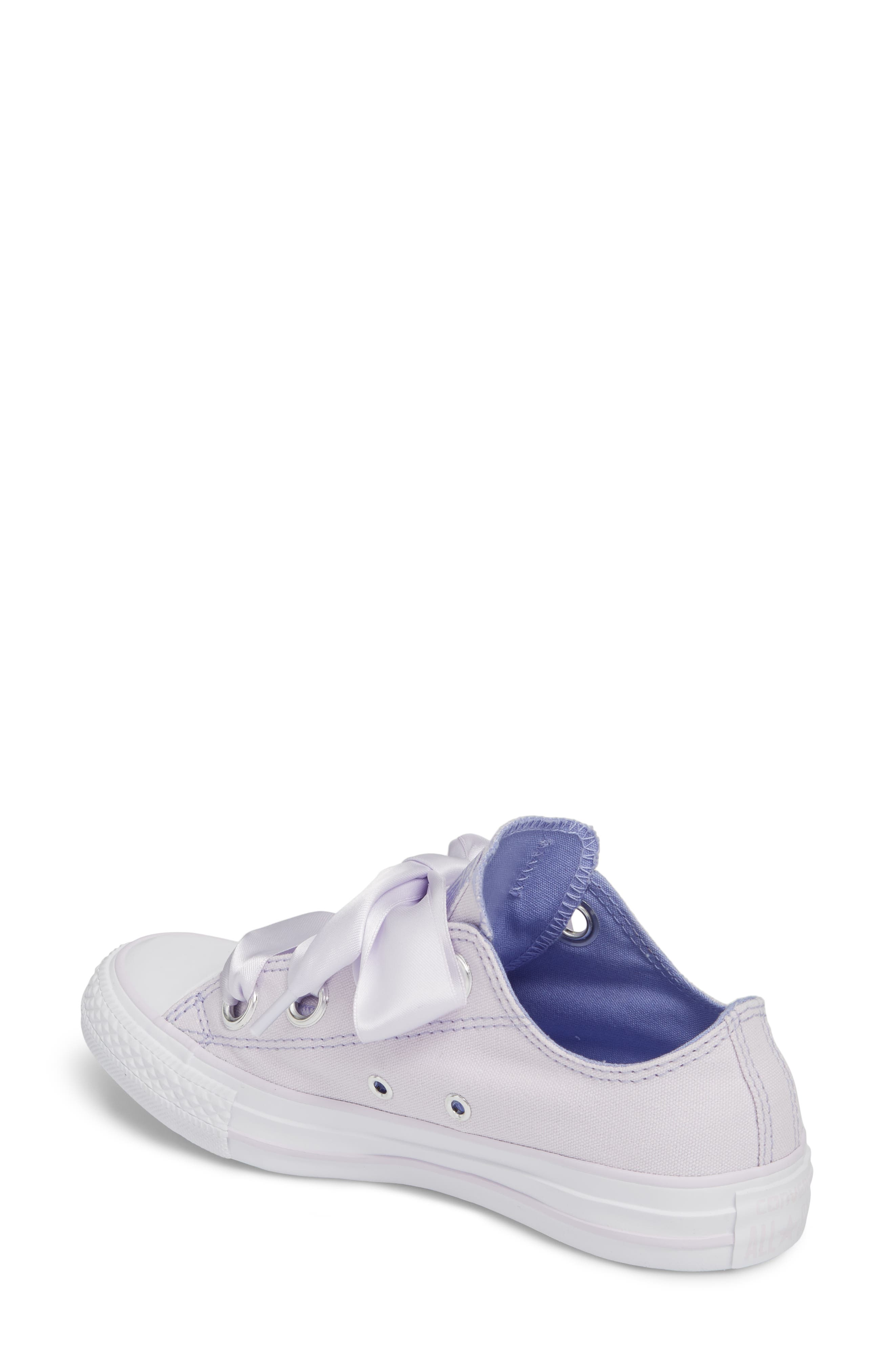 Chuck Taylor<sup>®</sup> All Star<sup>®</sup> Big Eyelet Ox Sneaker,                             Alternate thumbnail 8, color,
