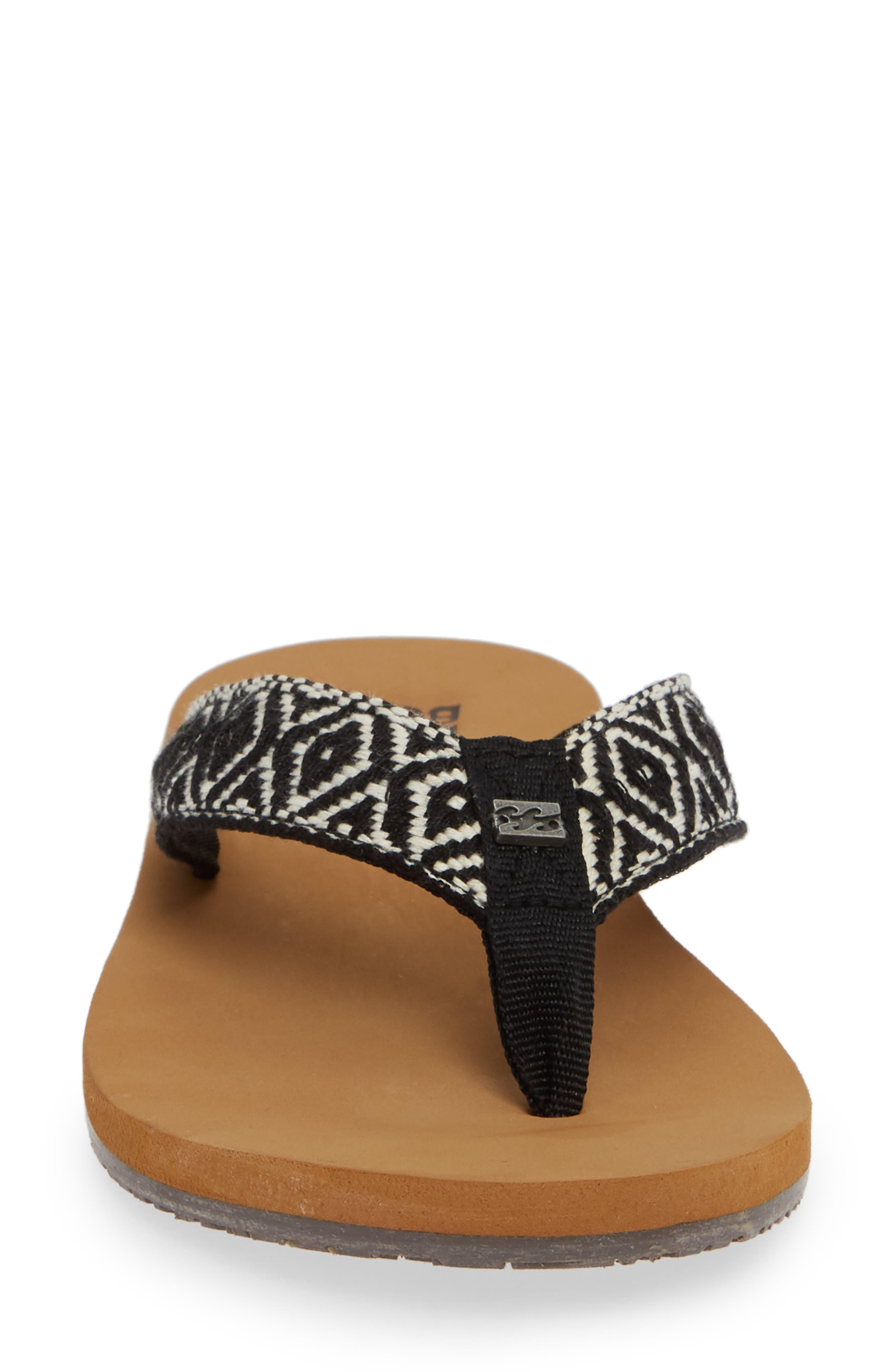 Baja Flip Flop,                             Alternate thumbnail 4, color,                             BLACK/ WHITE