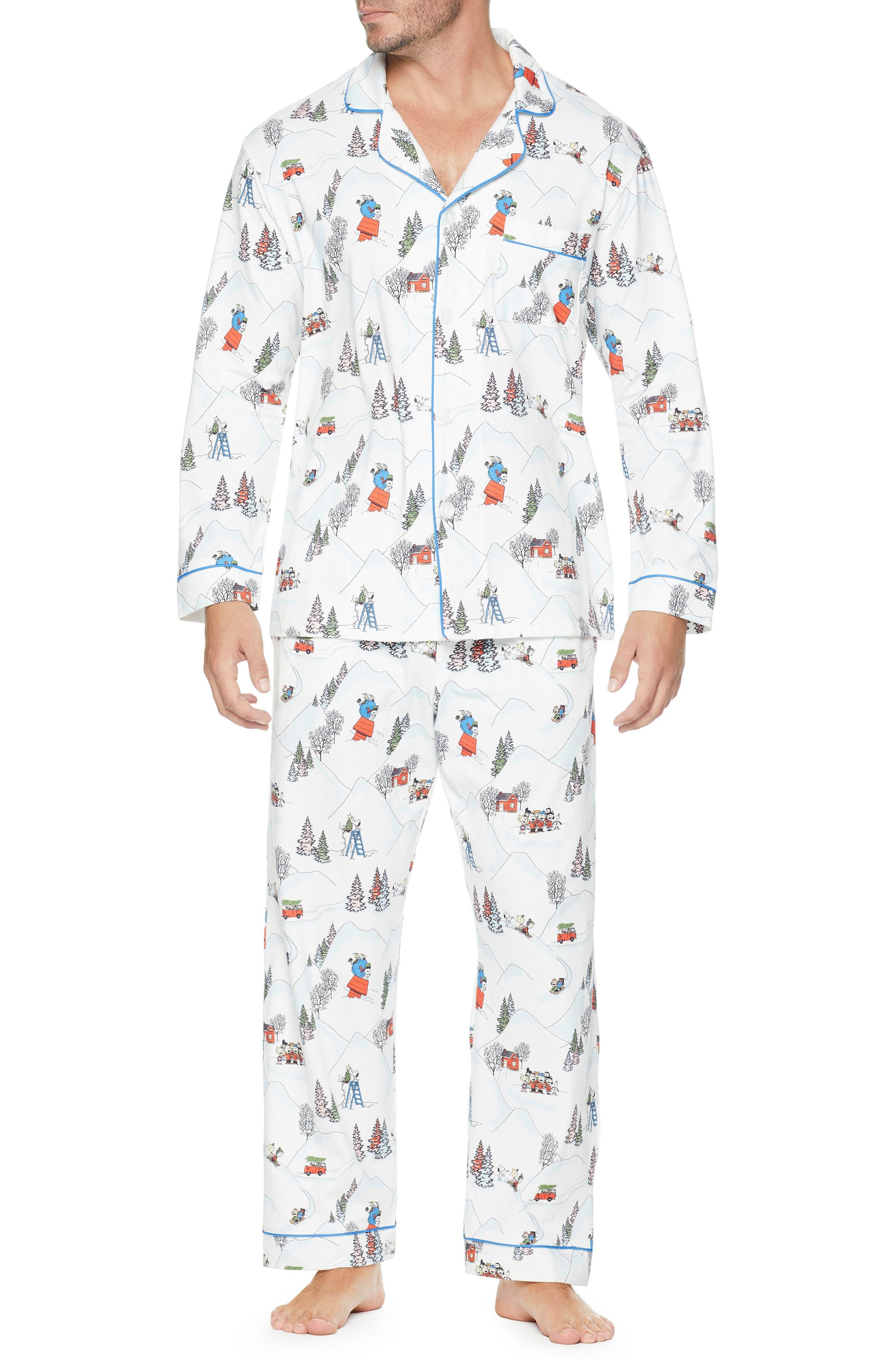 Classic Pajamas,                             Main thumbnail 1, color,                             PEANUTS WINTER HOLIDAY