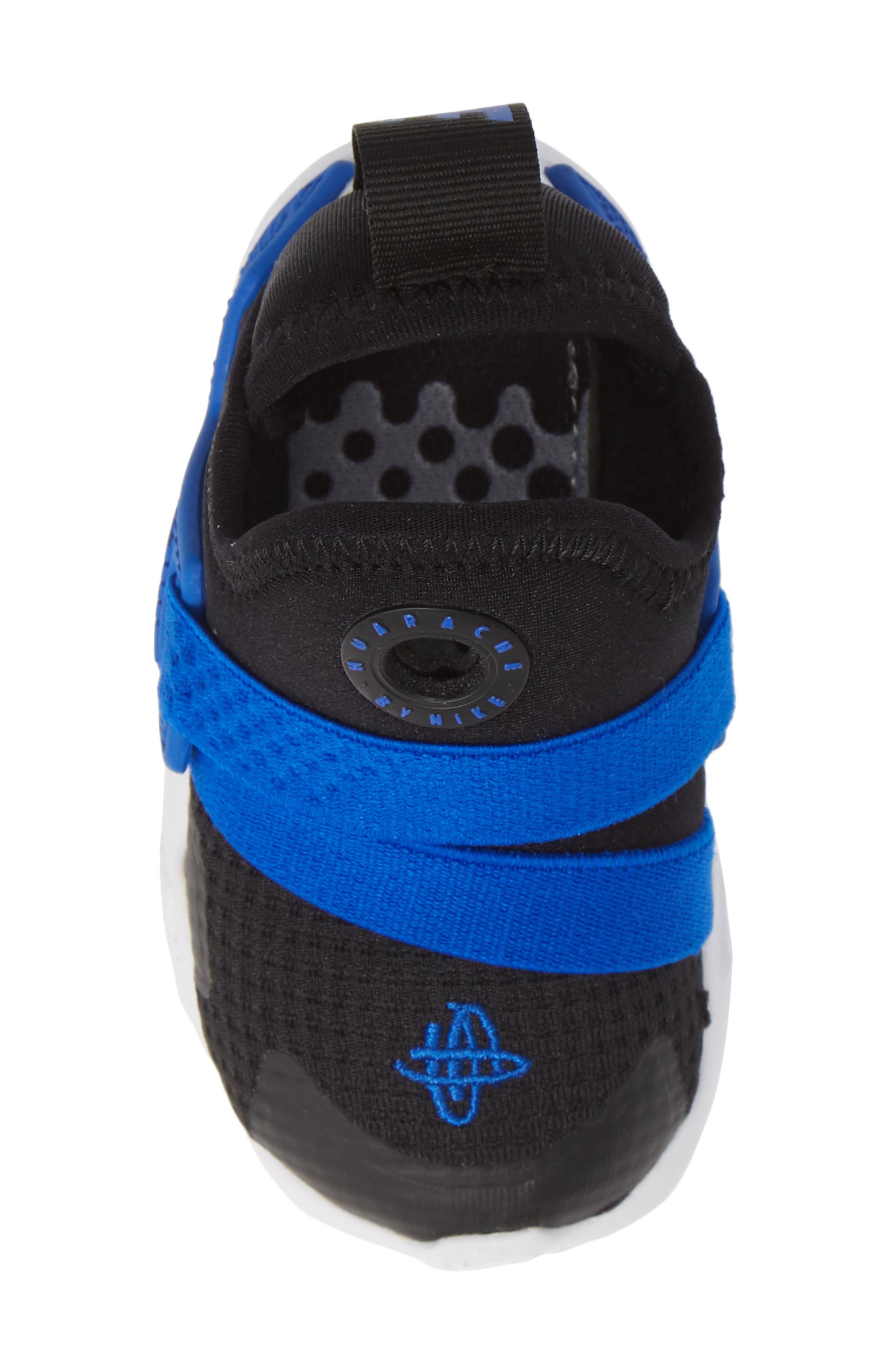Huarache Extreme Sneaker,                             Alternate thumbnail 5, color,                             BLACK/ BLUE-WHITE