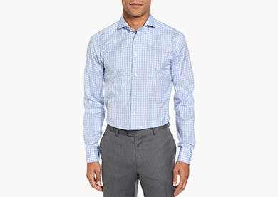 Higher armholes, cut closer through the chest and body. Narrow sleeves.  Extra-Slim Fit