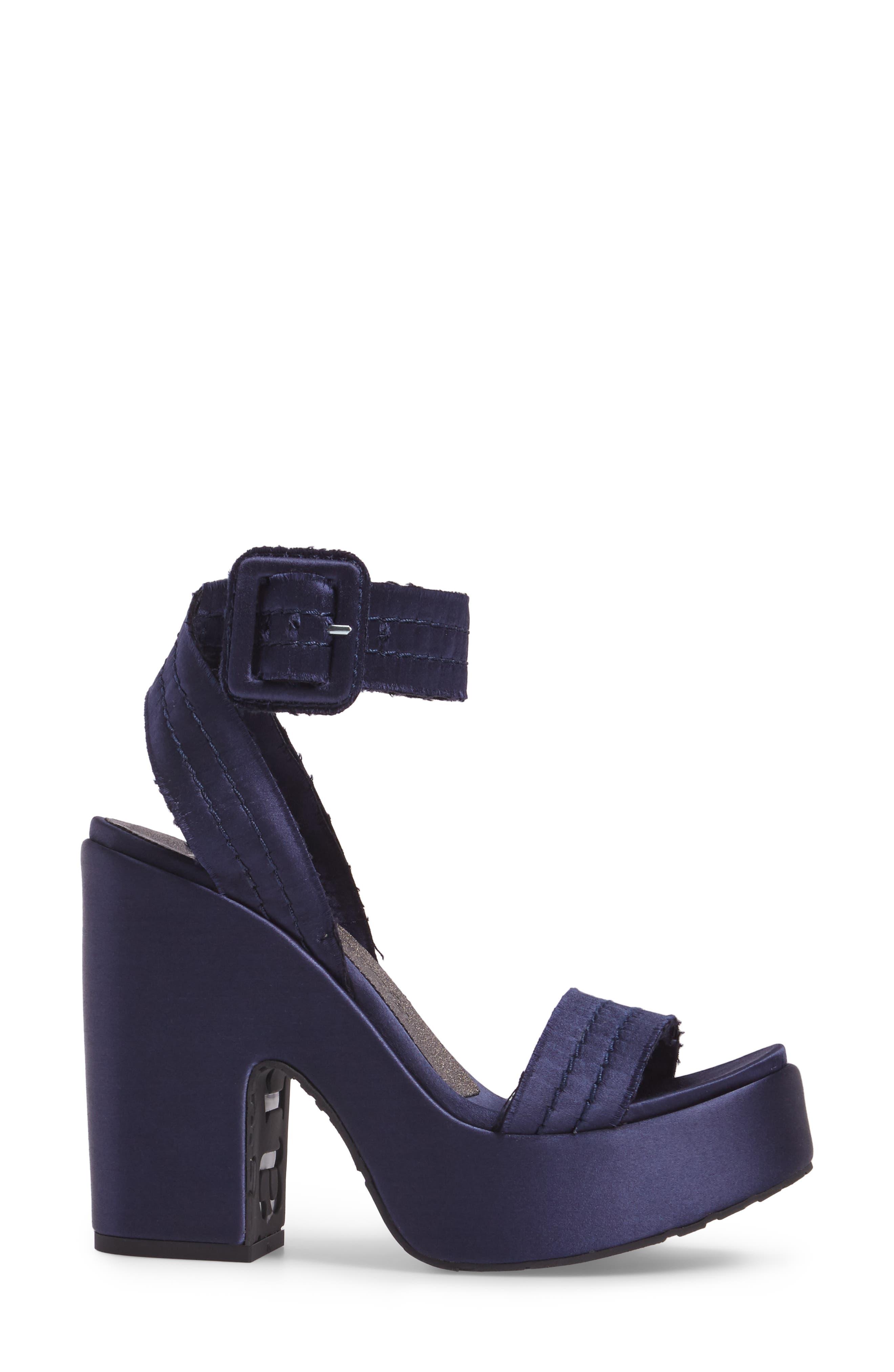 Thora Platform Sandal,                             Alternate thumbnail 3, color,                             400