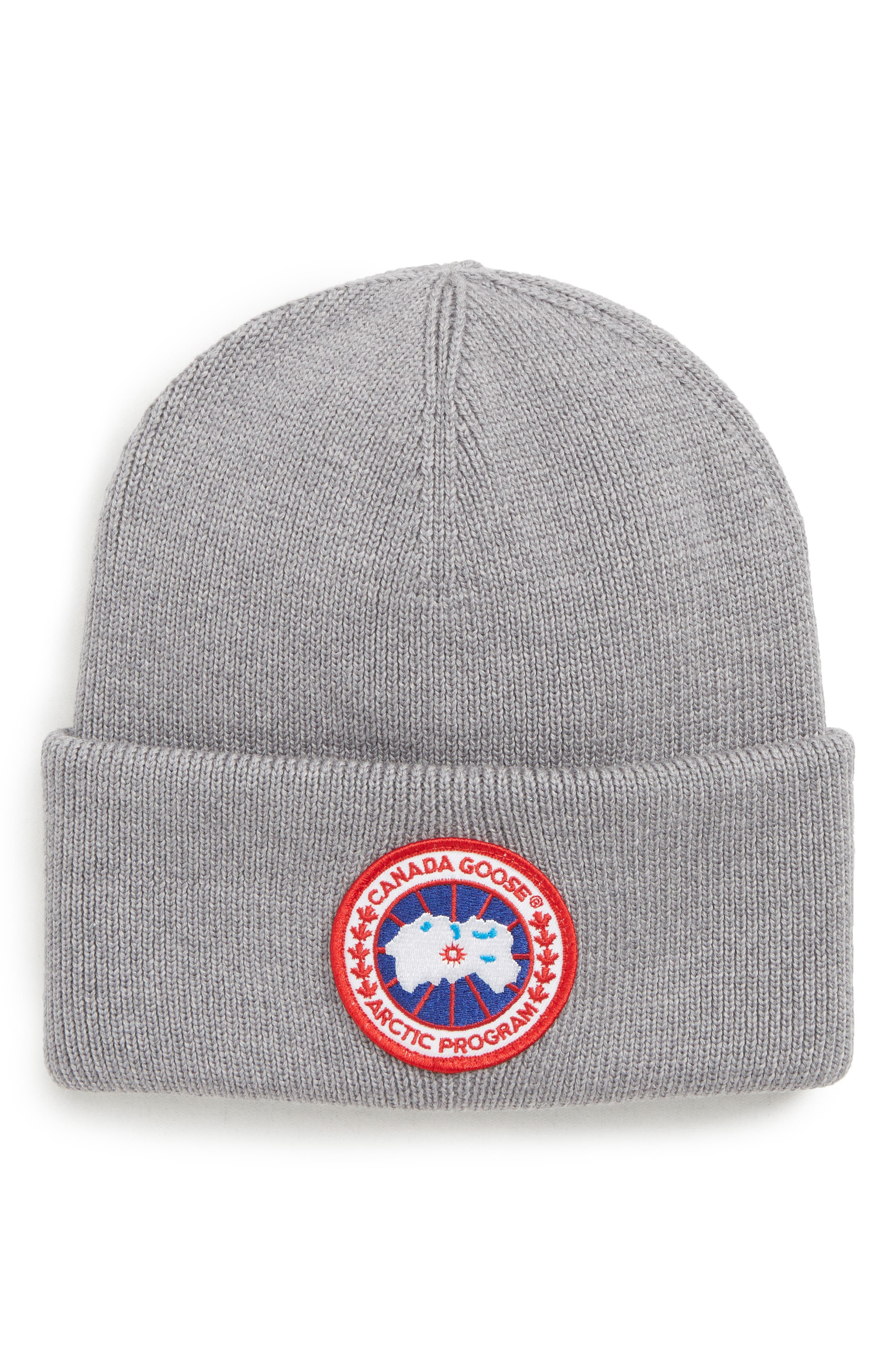 Arctic Disc Merino Wool Toque Beanie - Grey in Heather Grey