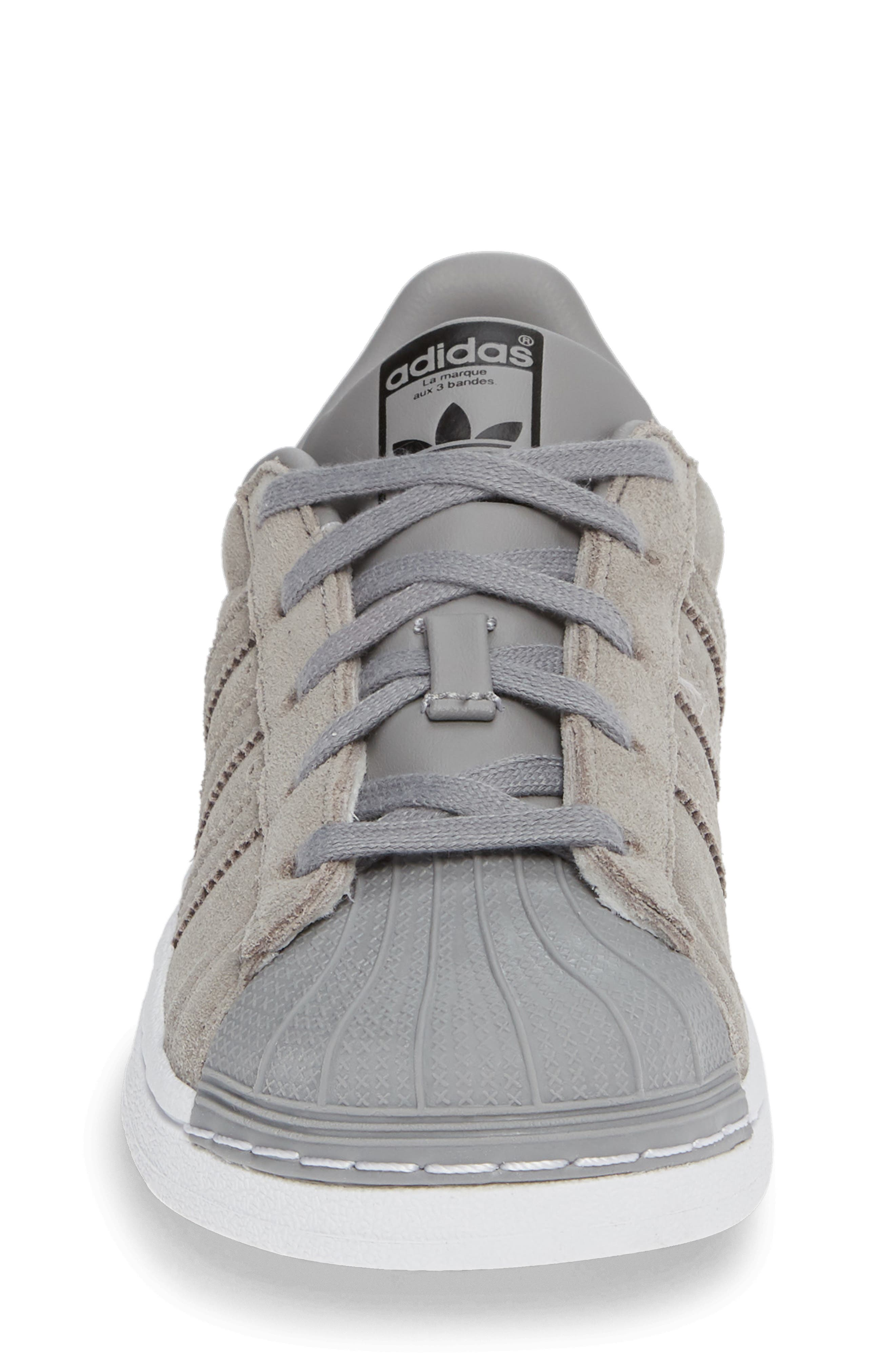 Superstar Low Top Sneaker,                             Alternate thumbnail 4, color,                             020