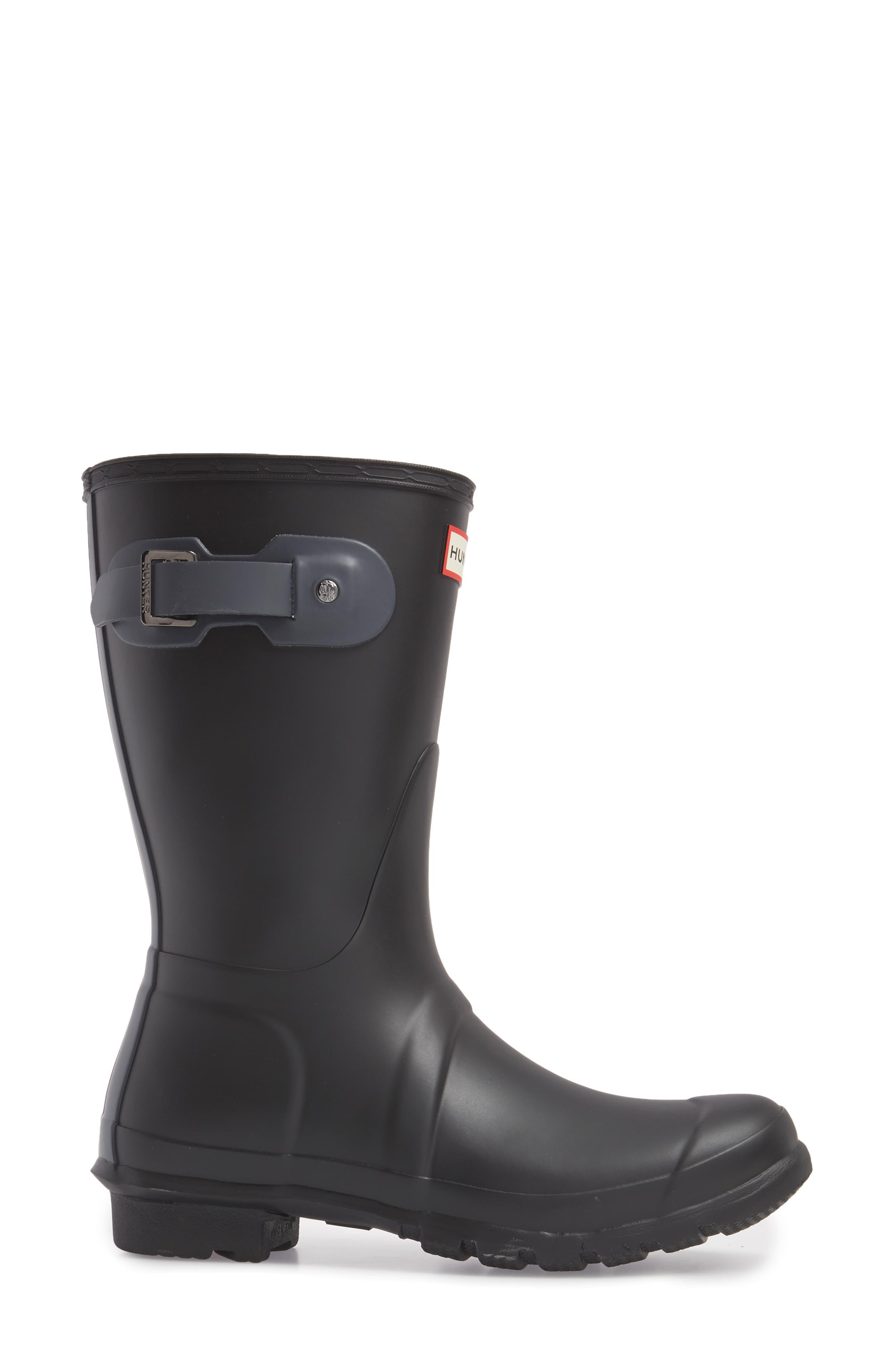 HUNTER,                             Original Short Waterproof Rain Boot,                             Alternate thumbnail 3, color,                             001