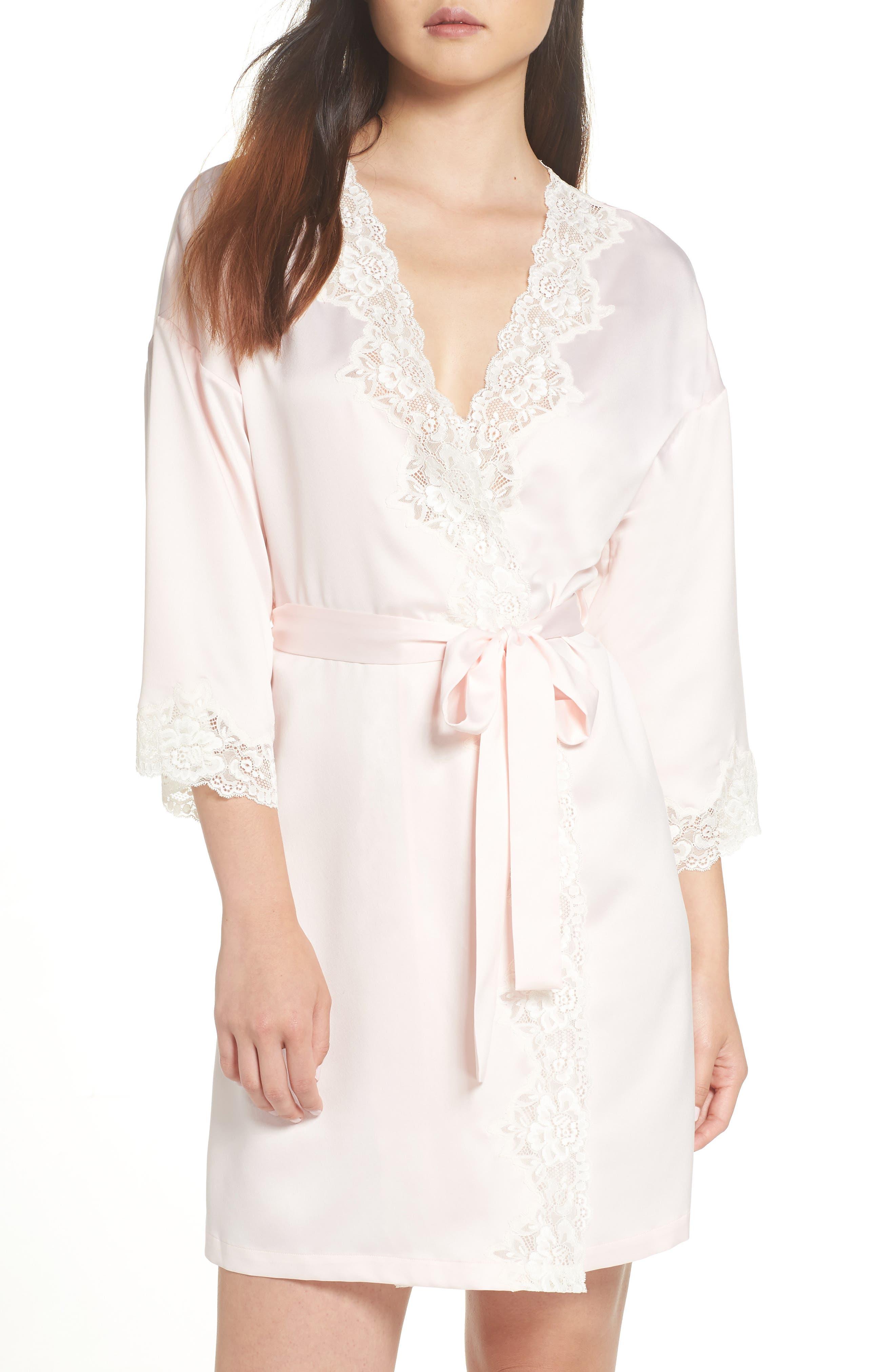 Vintage Nightgowns, Pajamas, Baby Dolls, Robes Womens Lauren Ralph Lauren Lace Trim Houndstooth Satin Robe Size Medium - Pink $80.00 AT vintagedancer.com