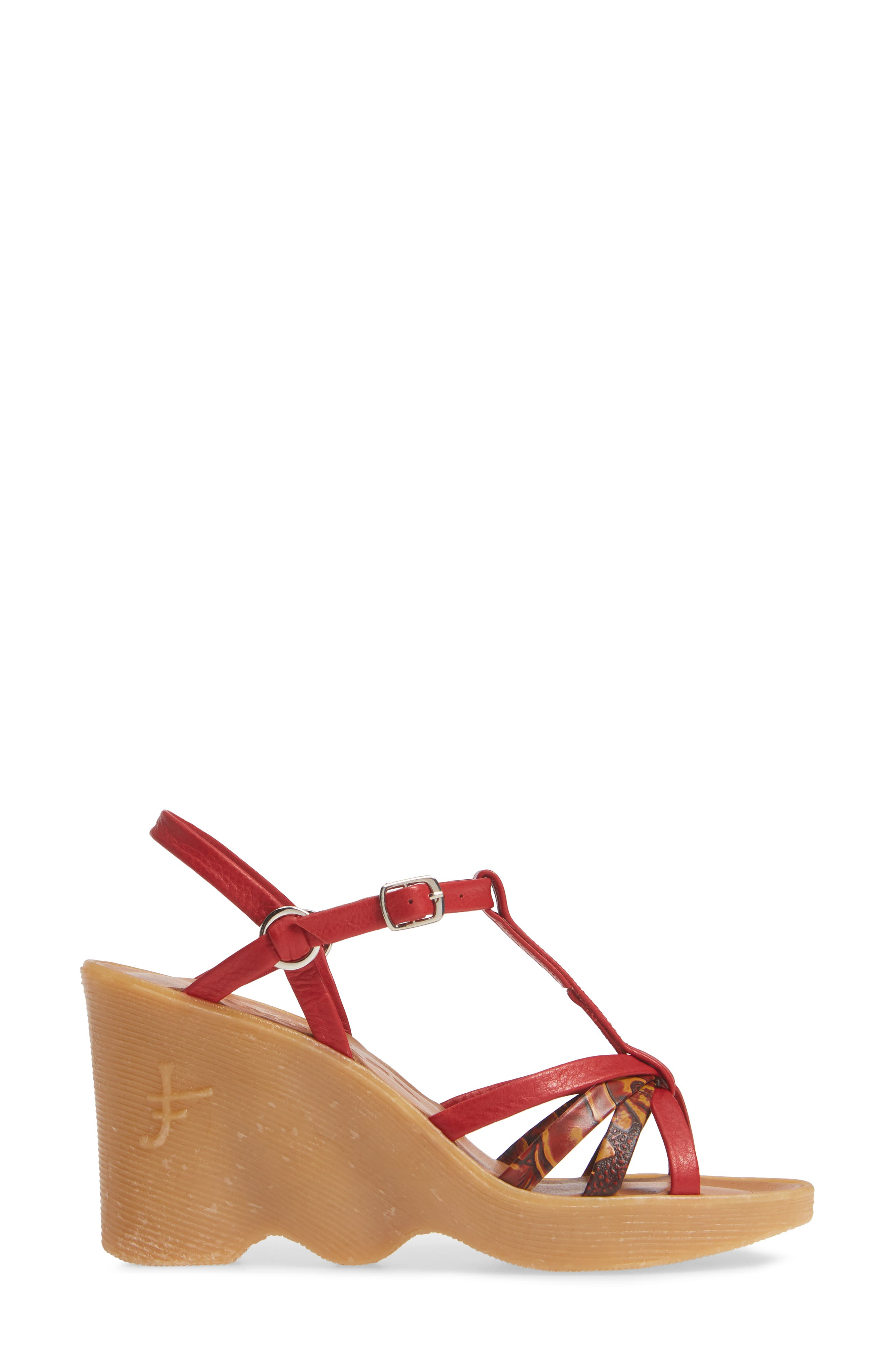 FAMOLARE,                             To a Tee Wedge Sandal,                             Alternate thumbnail 3, color,                             CORAL LEATHER